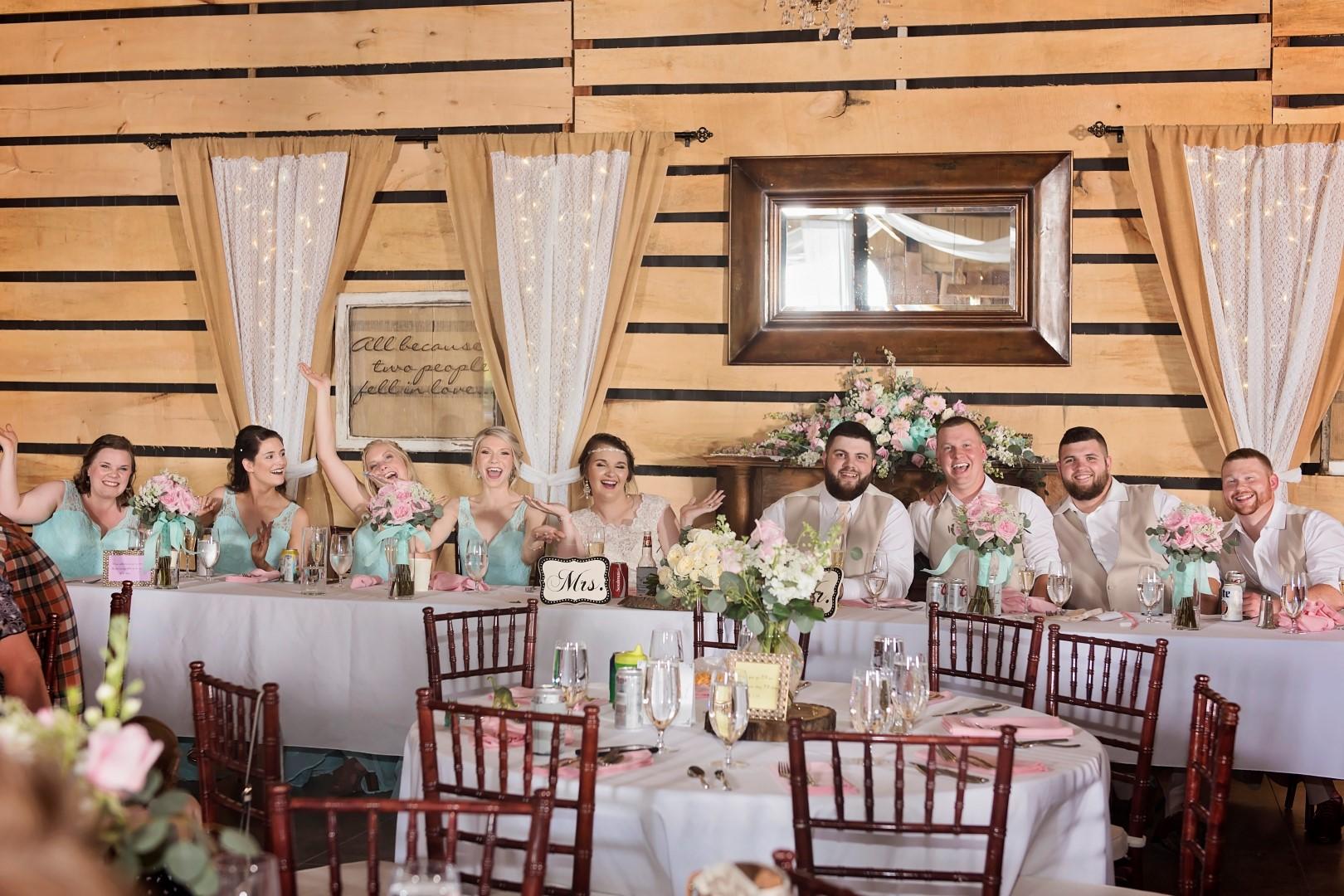 Madison+Austin_Wedding_SneakPeek_33 (Large).jpg