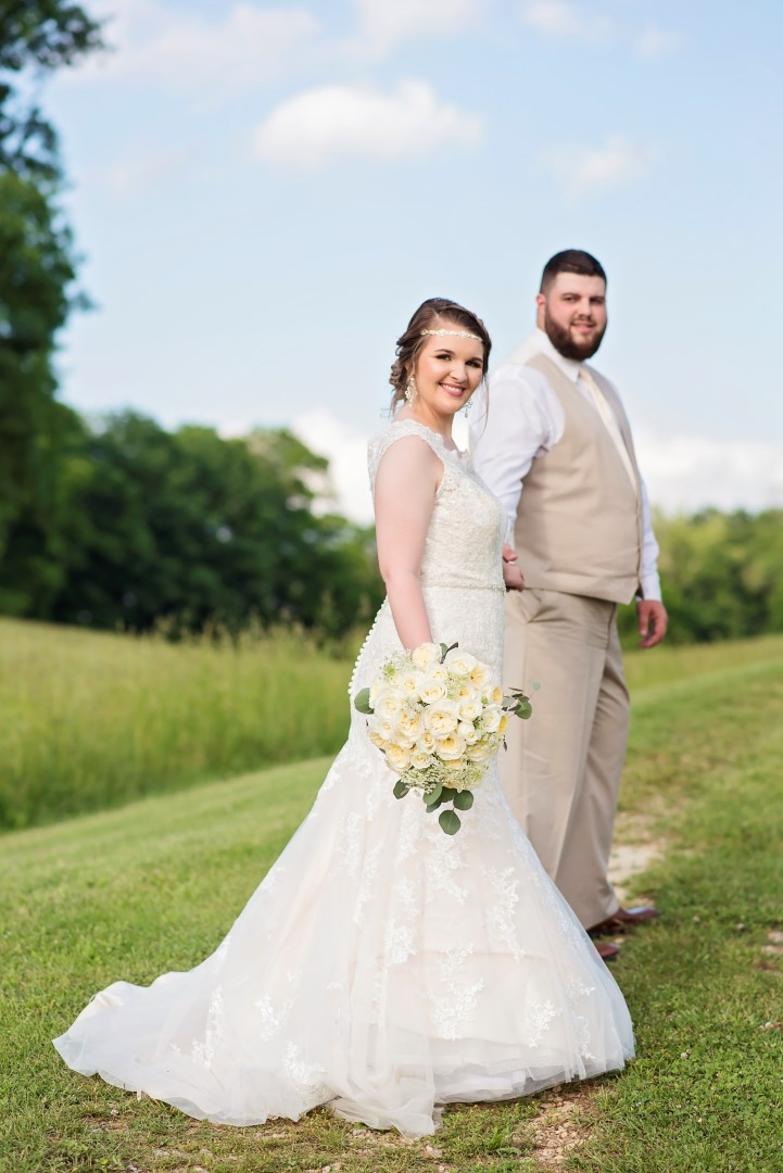 Madison+Austin_Wedding_SneakPeek_44 (Large).jpg