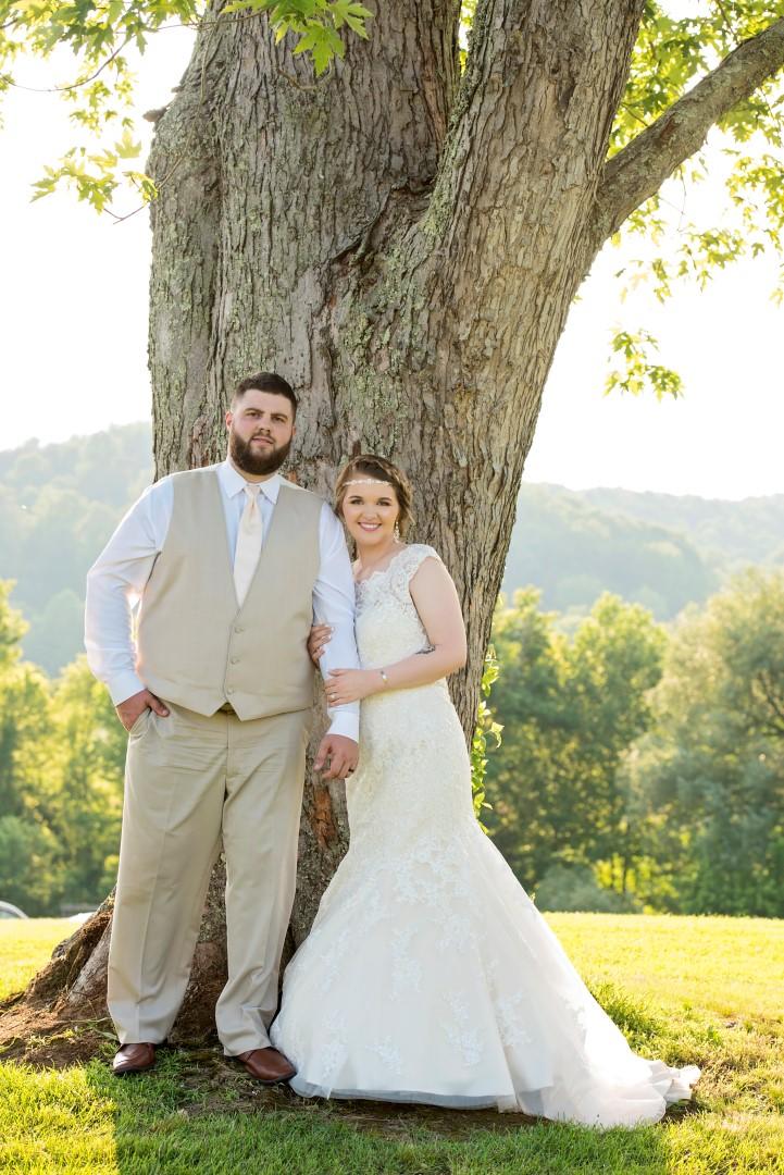 Madison+Austin_Wedding_SneakPeek_45 (Large).jpg