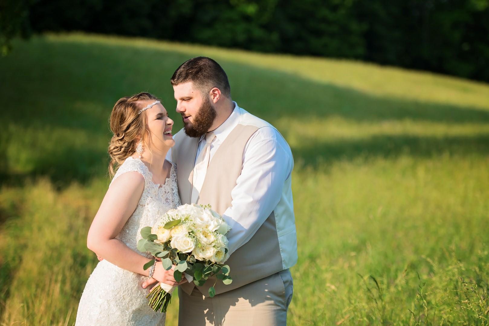 Madison+Austin_Wedding_SneakPeek_54 (Large).jpg
