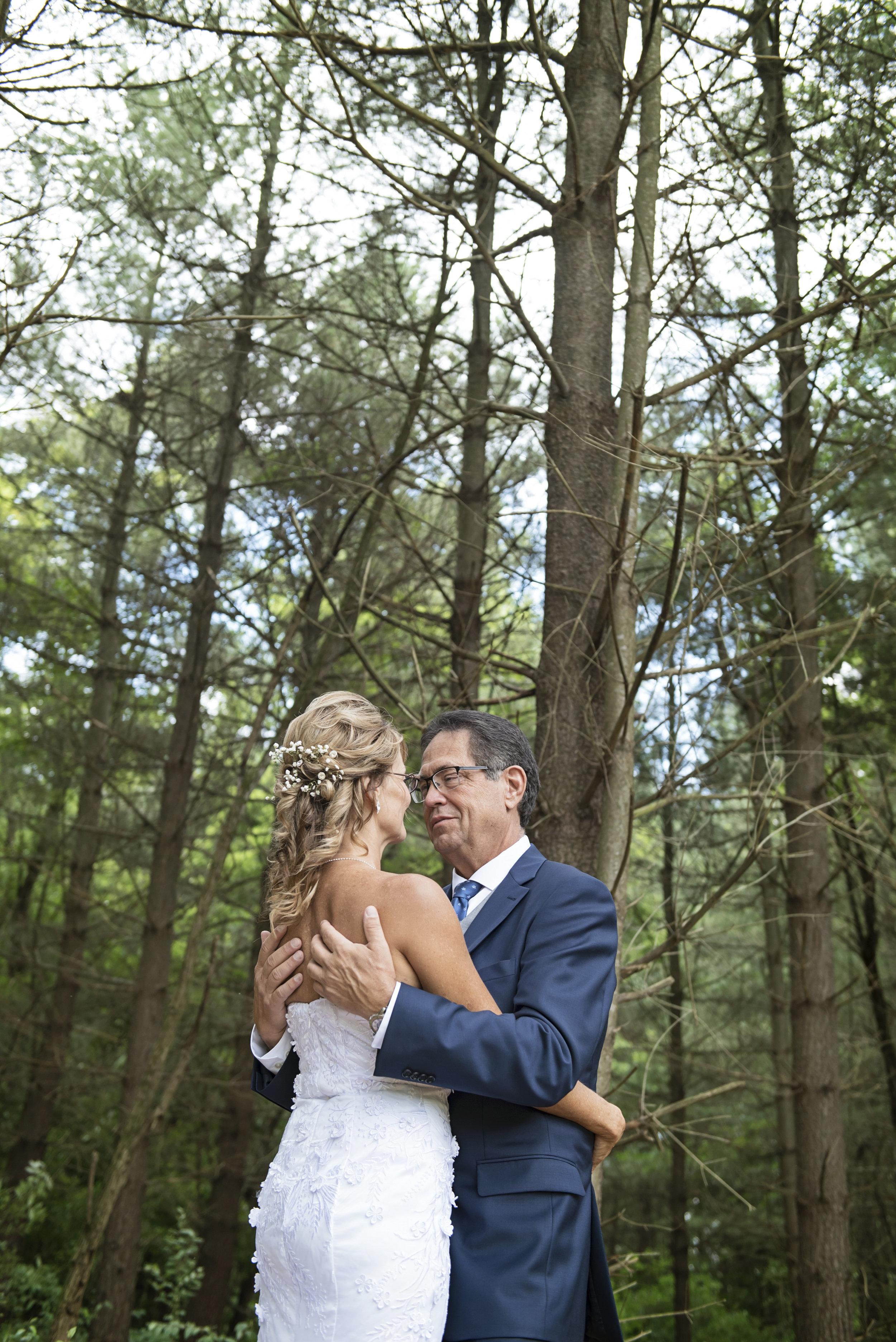 Ruthie+Wayne_Wedding_Sneak_Peek_10.jpg