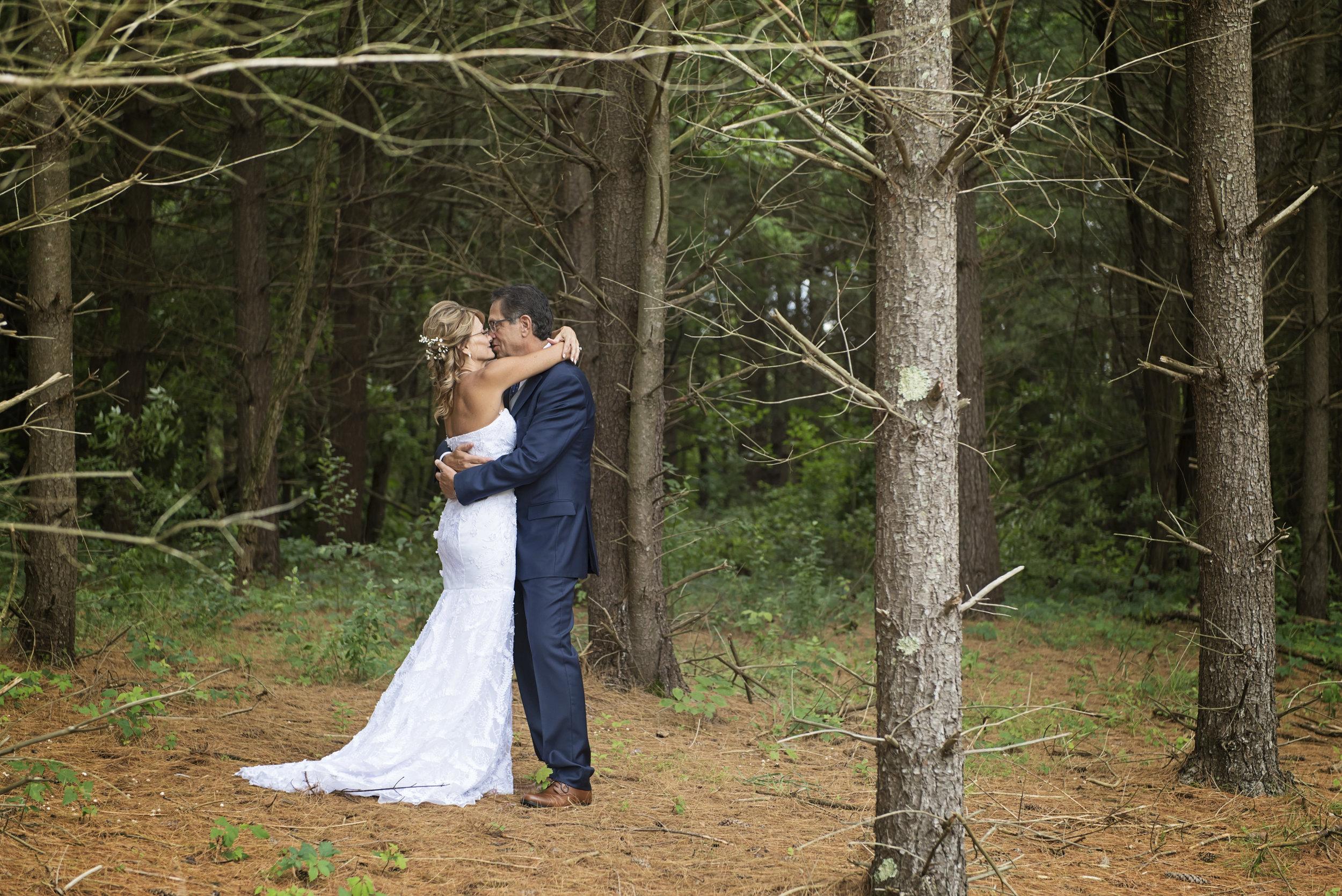 Ruthie+Wayne_Wedding_Sneak_Peek_11.jpg