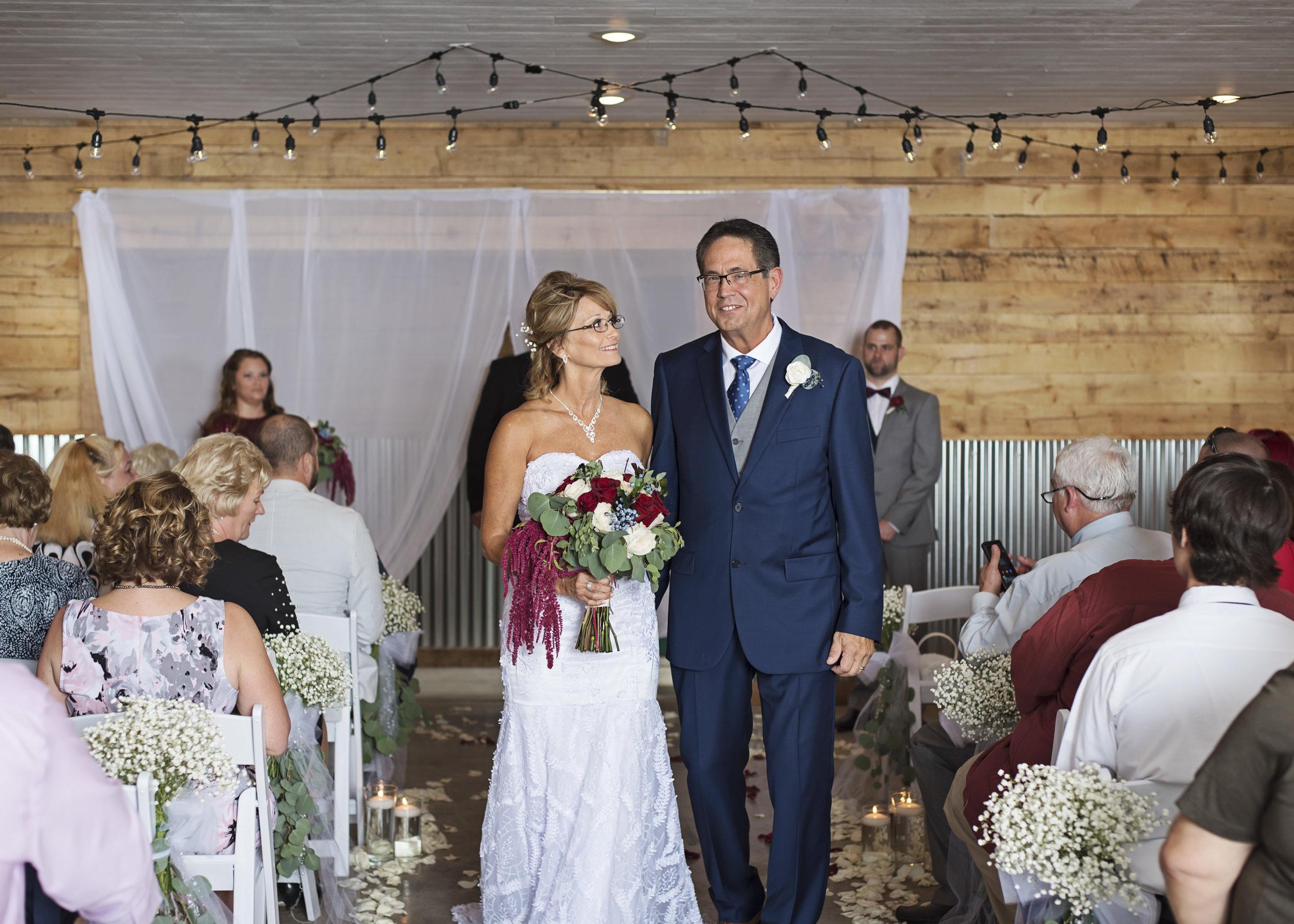 Ruthie+Wayne_Wedding_Sneak_Peek_18.jpg