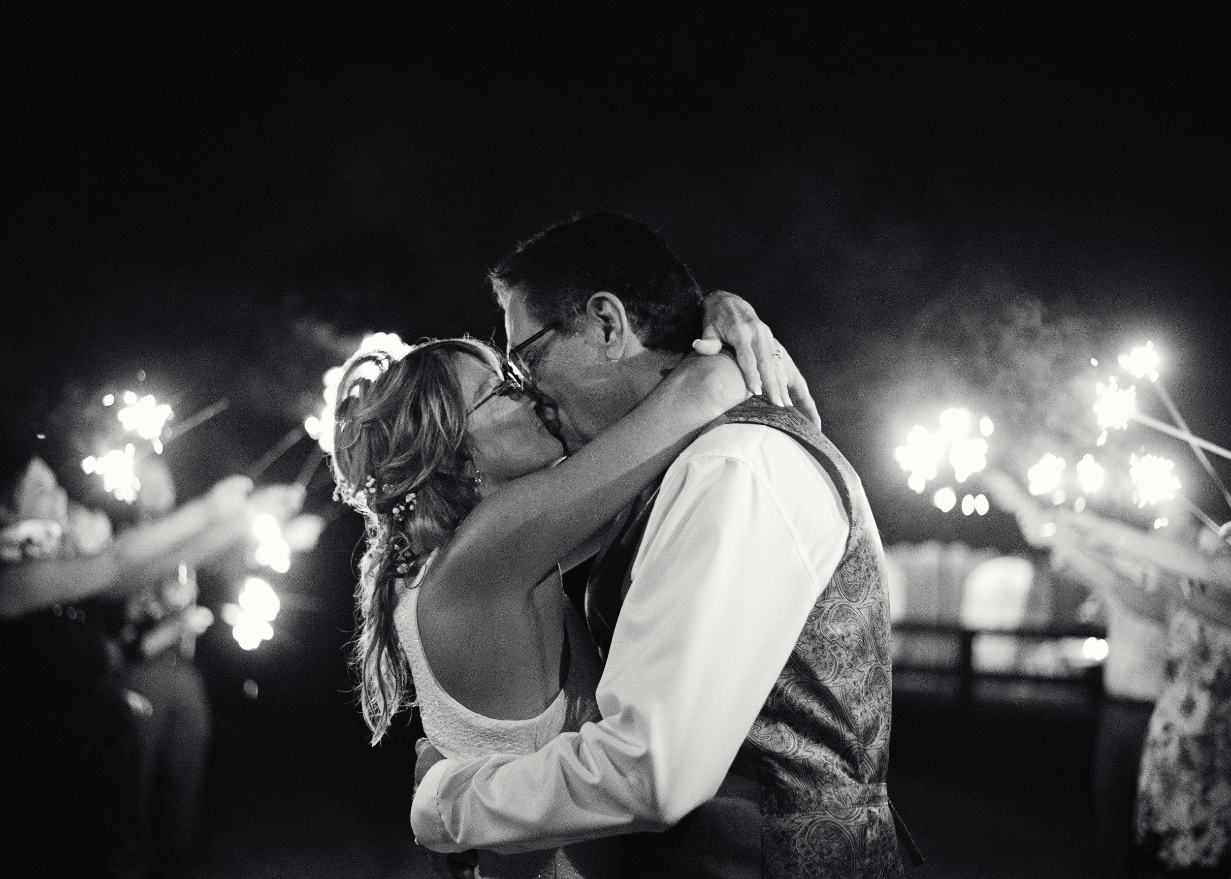 Ruthie+Wayne_Wedding_Sneak_Peek_34.jpg