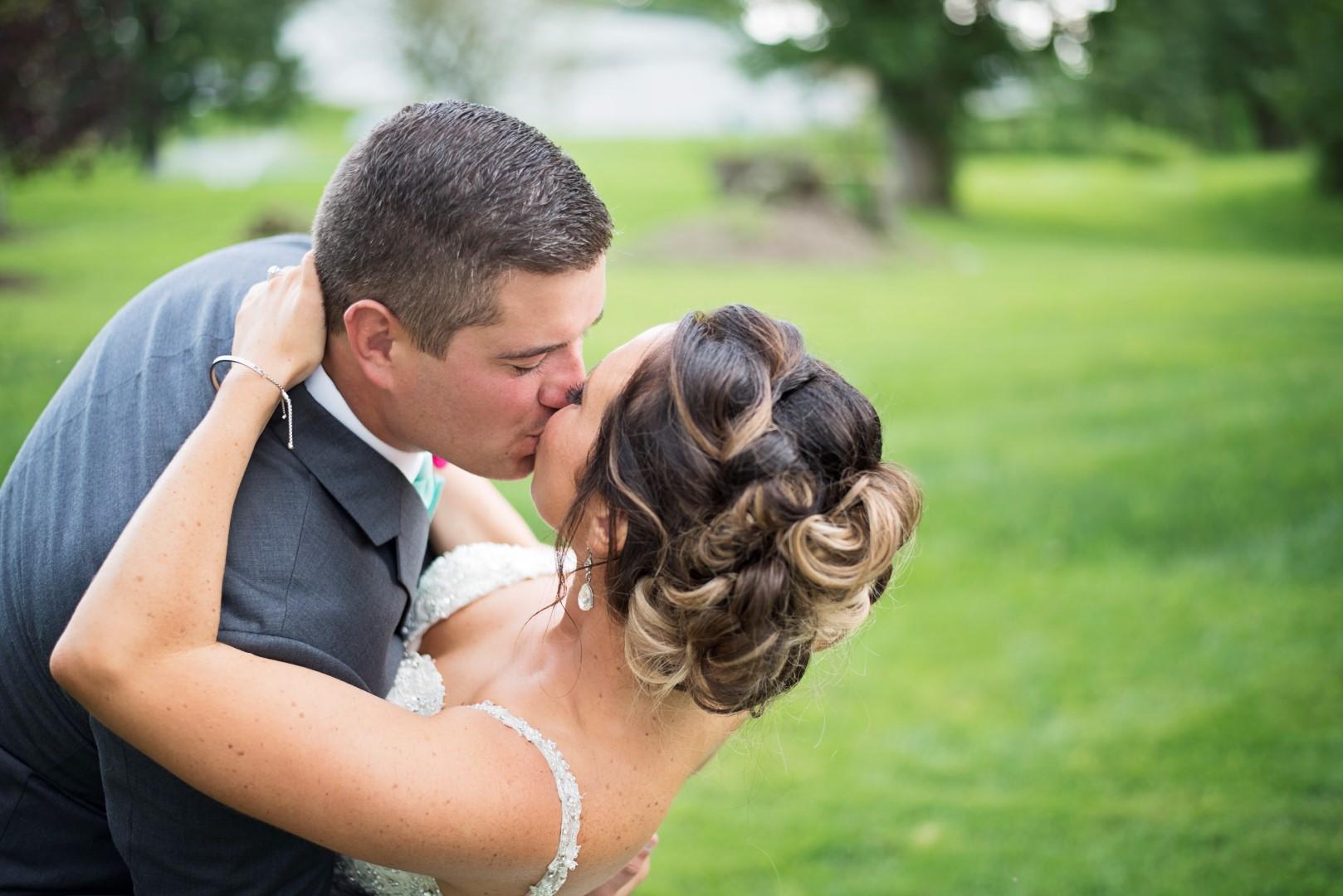 Moyer_Wedding_2018_SneakPeek_55 (Large).jpg