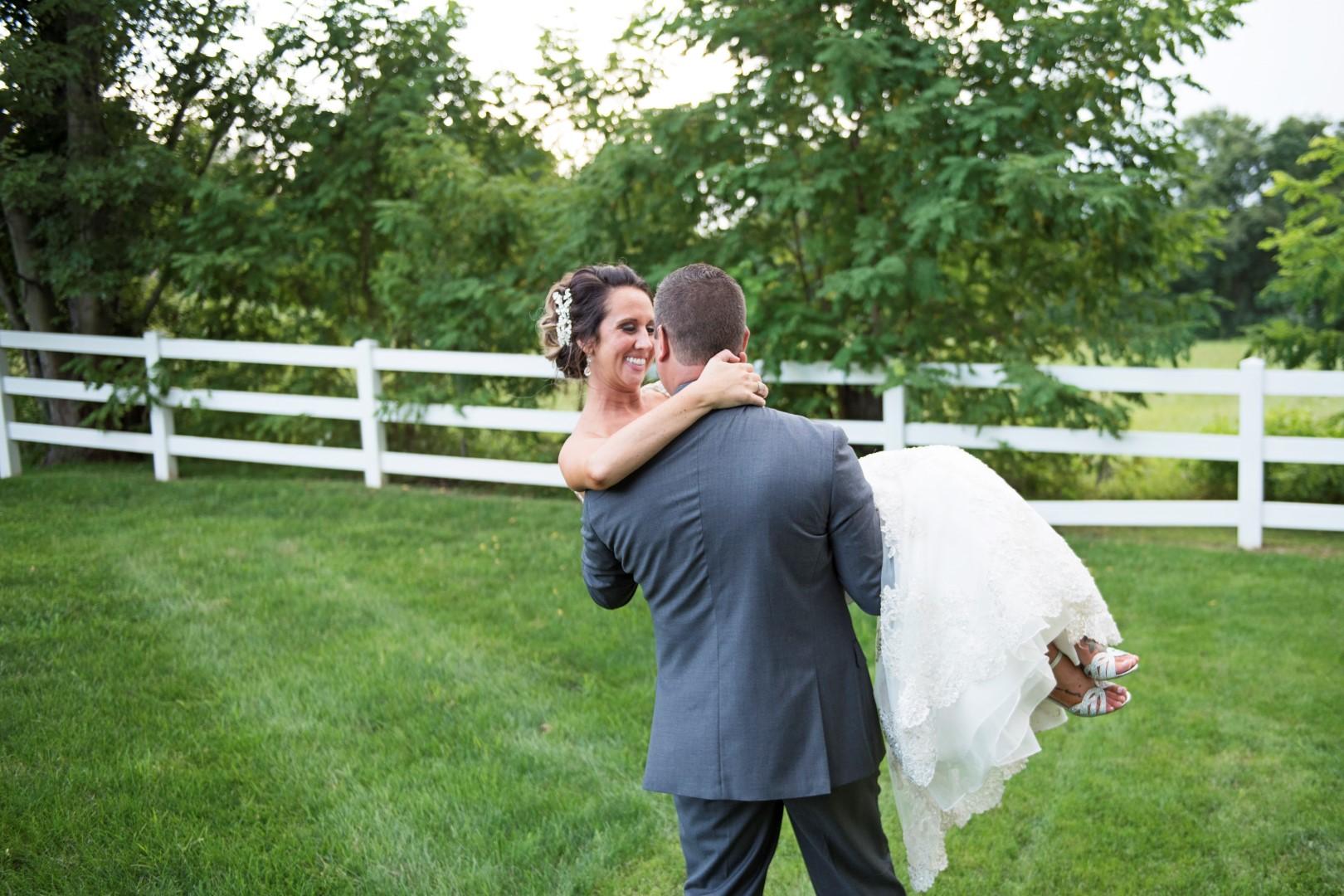 Moyer_Wedding_2018_SneakPeek_62 (Large).jpg