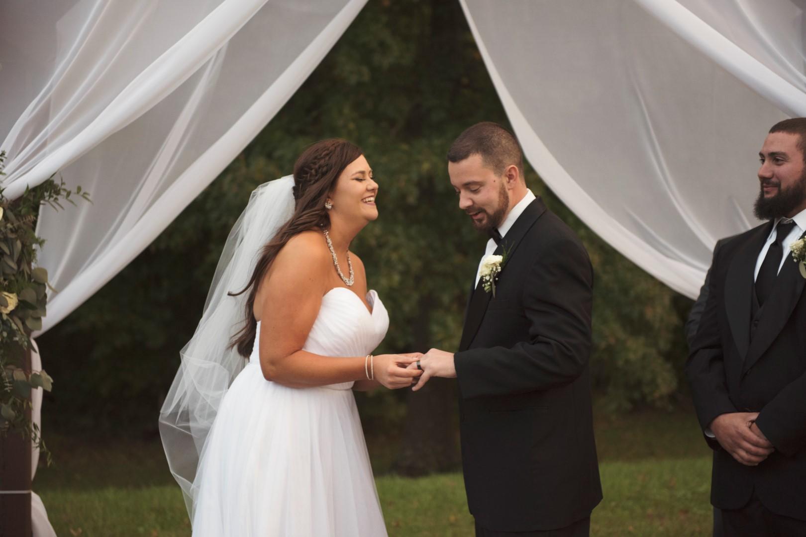 Amber+Kyle_Wedding_31 (Large).jpg