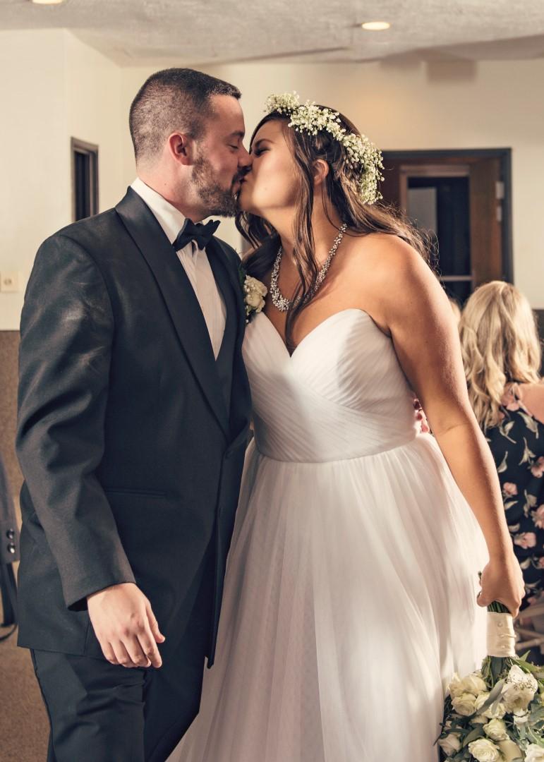 Amber+Kyle_Wedding_43 (Large).jpg