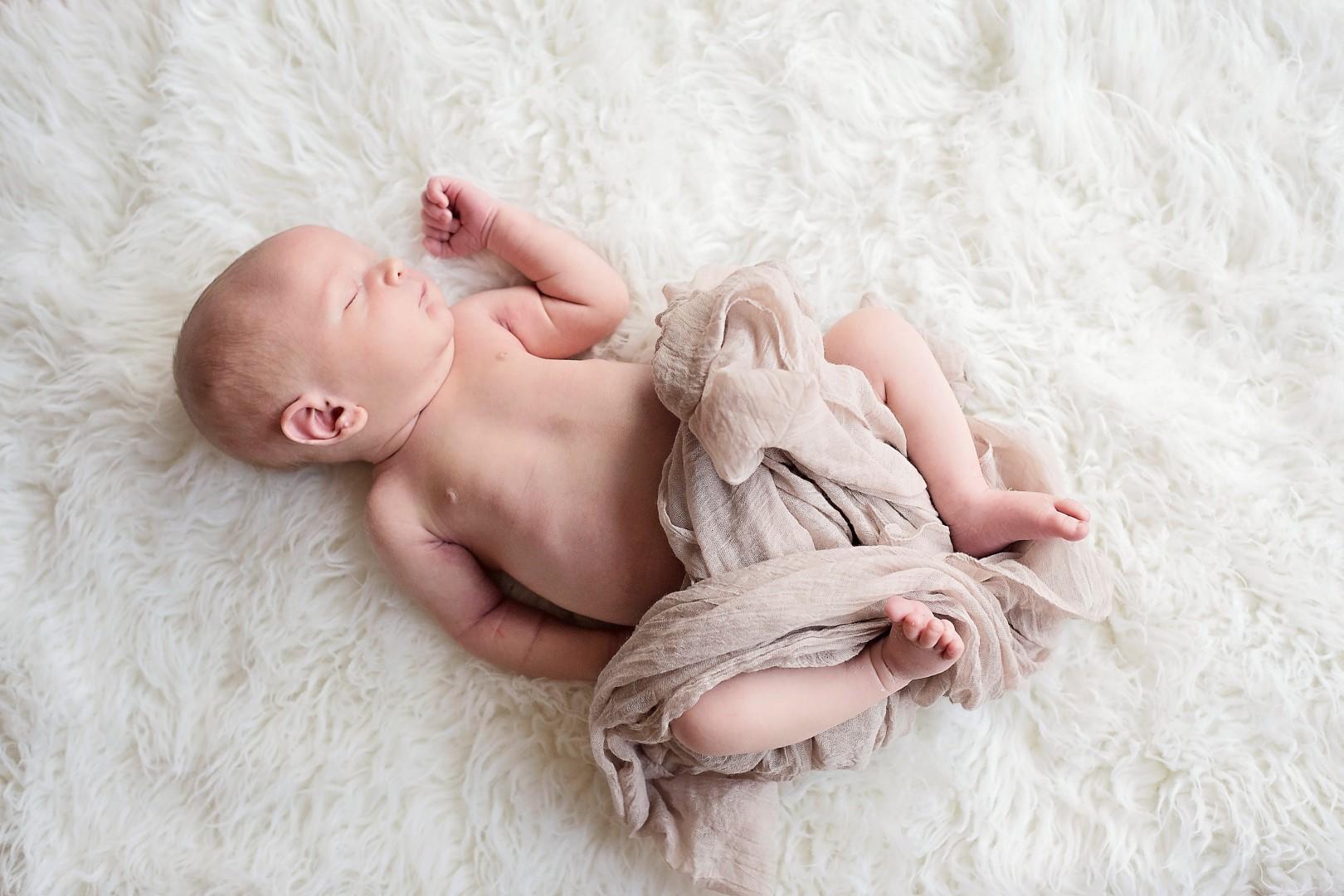 Baby Jack Newborn Photos_15 (Large).jpg