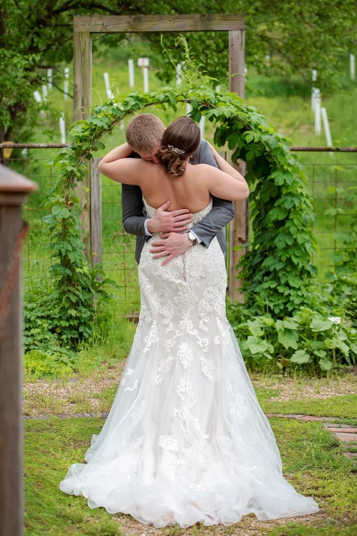 Courtney & Matt Dairy Barn Wedding May 2019_13 (Large).jpg