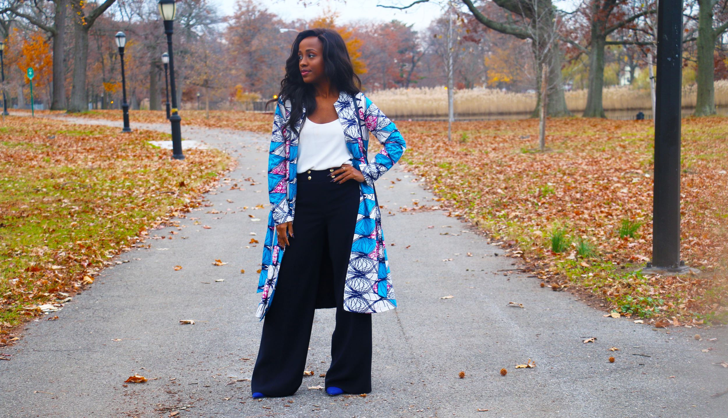 Trench:  SK&CO Trends  | Pants: Thrifted | Bag: Isaac Mizrahi