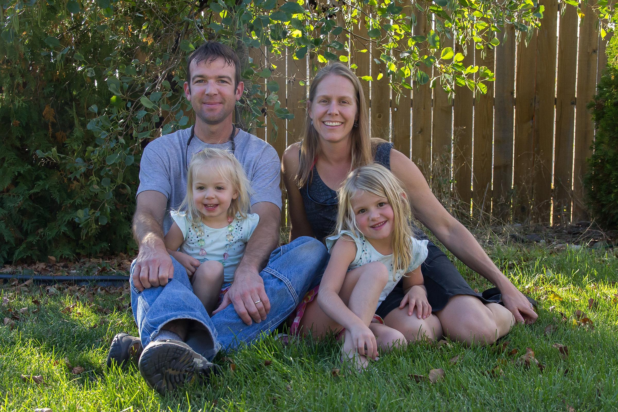 family_portrait_2-1645_resized_8in.jpg