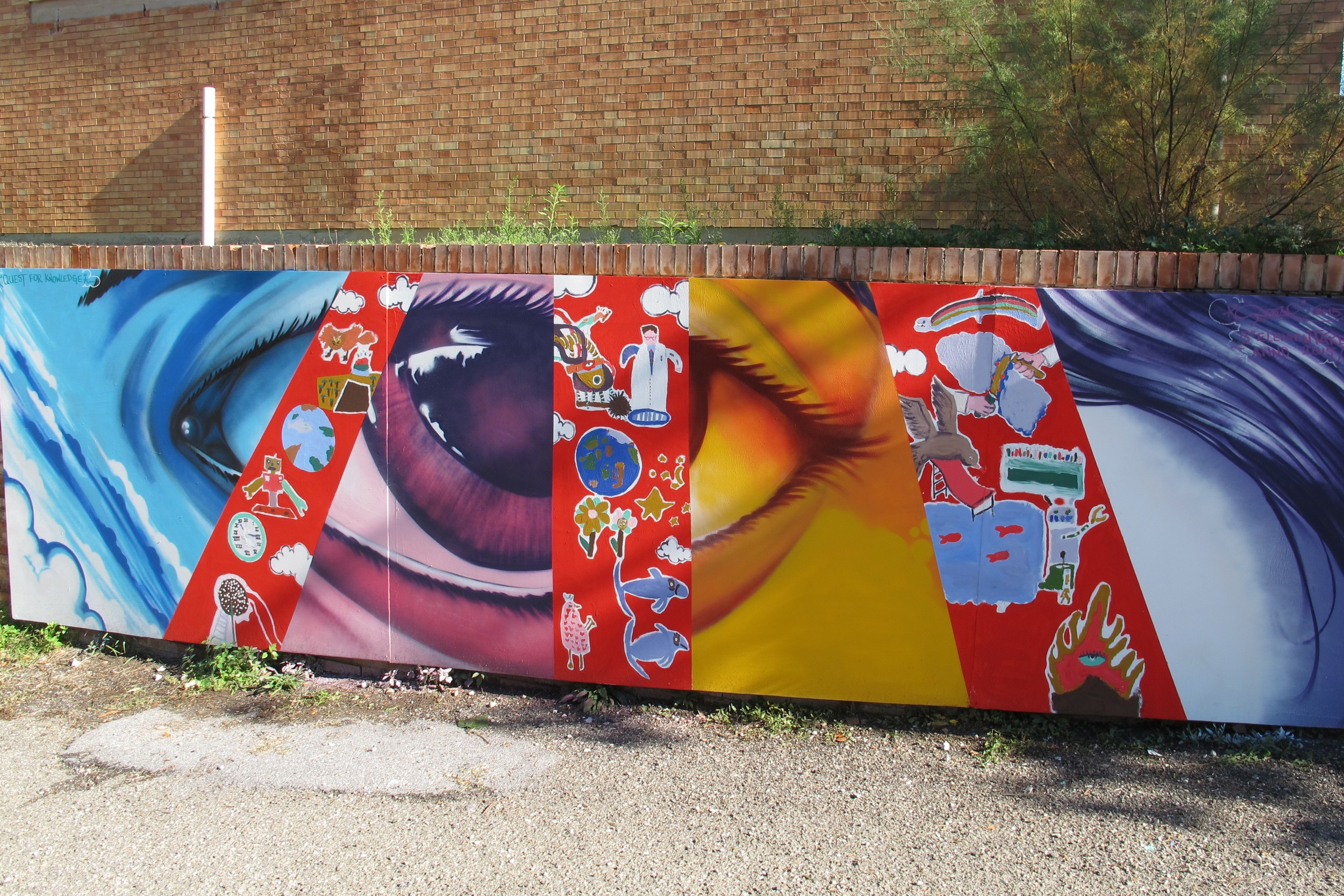 Completed mural with students of Palaia.