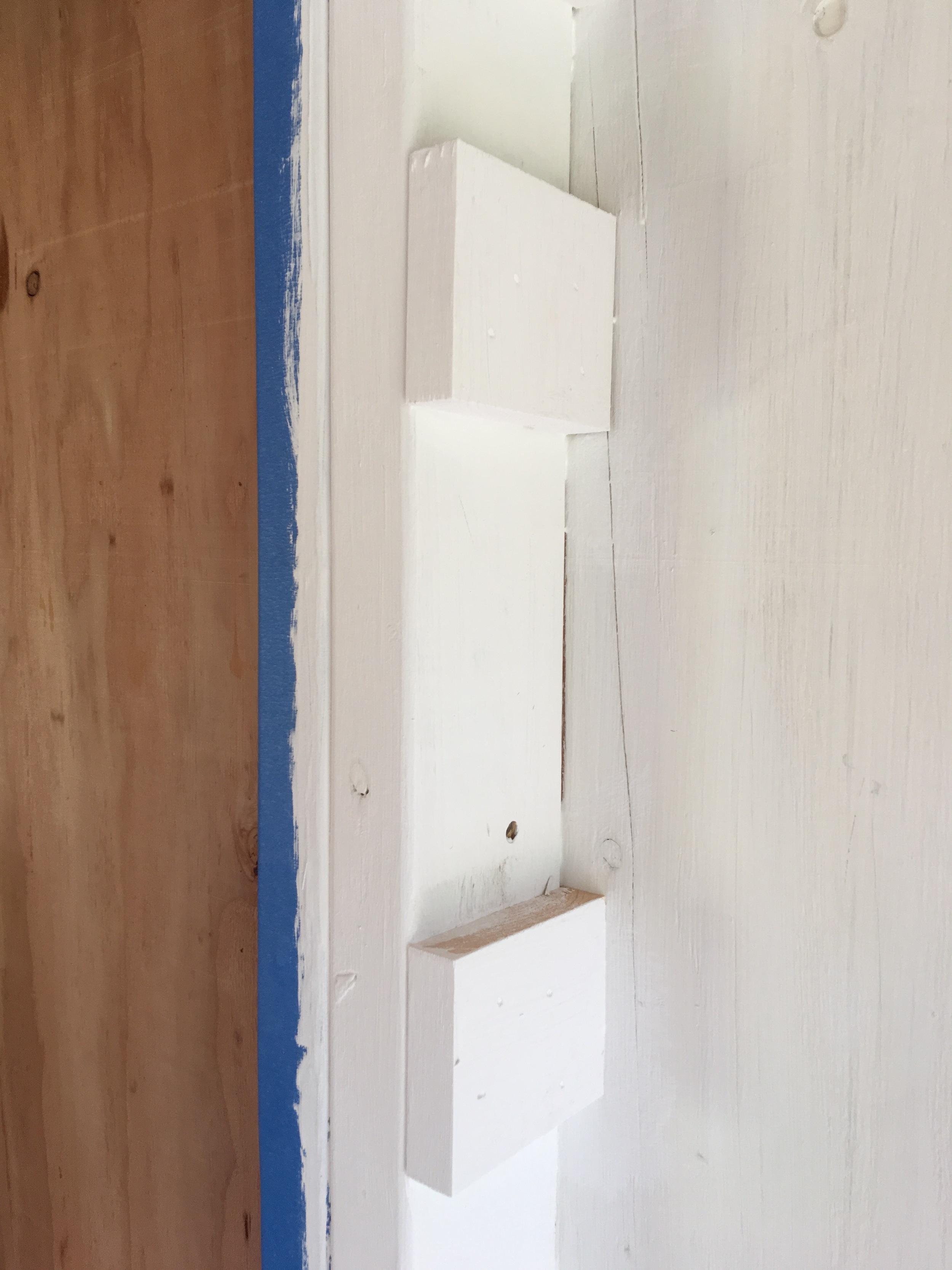 Shelf brace