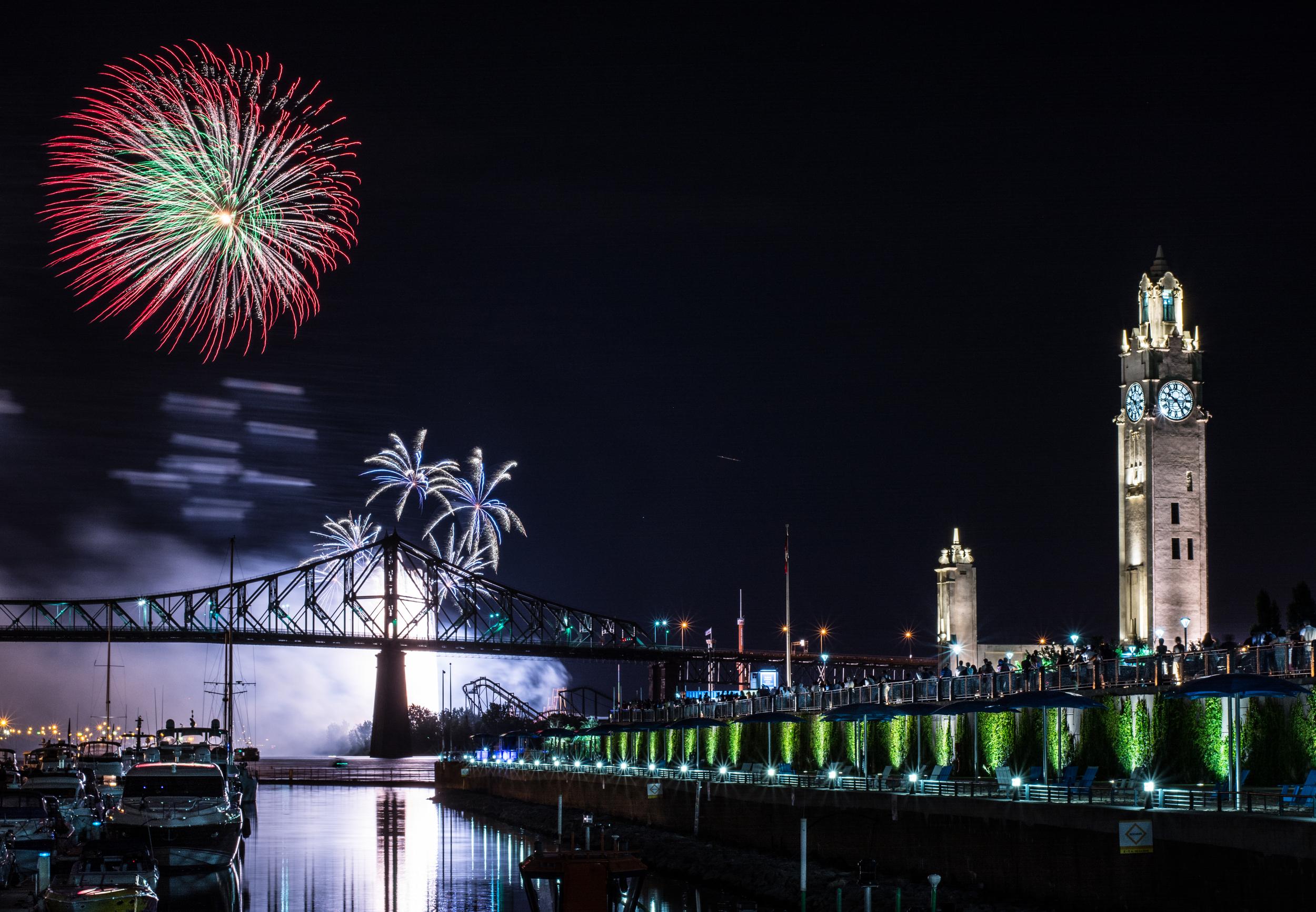 Fireworks_Wide_Tower.jpg