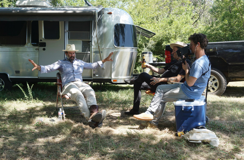 Crombie interviewing Jason Lee at his Texas property