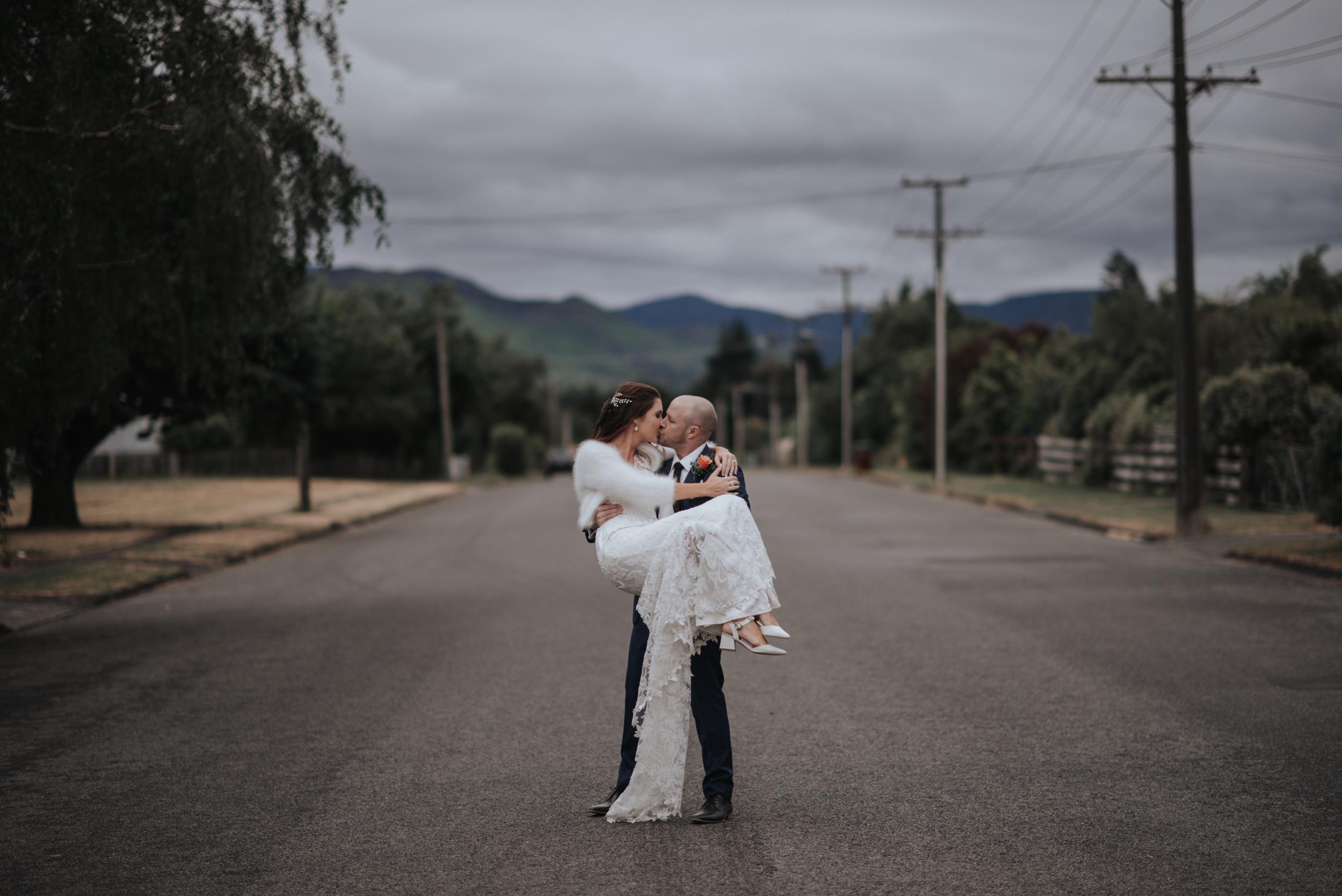 LOVELENSCAPES WEDDING PHOTOGRAPHY • TARUREKA ESTATE WEDDING • ANNA CAMPBELL WINDSOR WEDDING GOWN •FEATHERSTON WEDDING PHOTOGRAPHER • NEW ZEALAND WEDDING PHOTOGRAPHER • MOBILE SIZE • 216.jpg