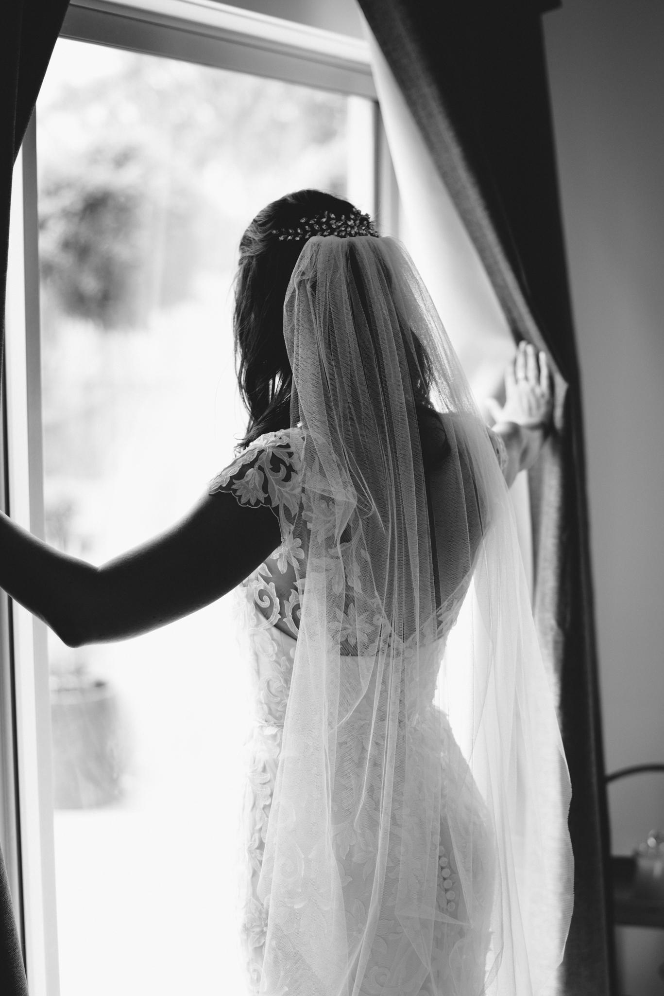 LOVELENSCAPES PHOTOGRAPHY • VISUAL POETRY • NEW ZEALAND WEDDING PHOTOGRAPHER • AUSTRALIAN WEDDING PHOTOGRAPHER • BRISBANE • MELBOURNE • SYDNEY • HOBART • TARUREKA ESTATE • ANNA CAMPBELL • 43.jpg