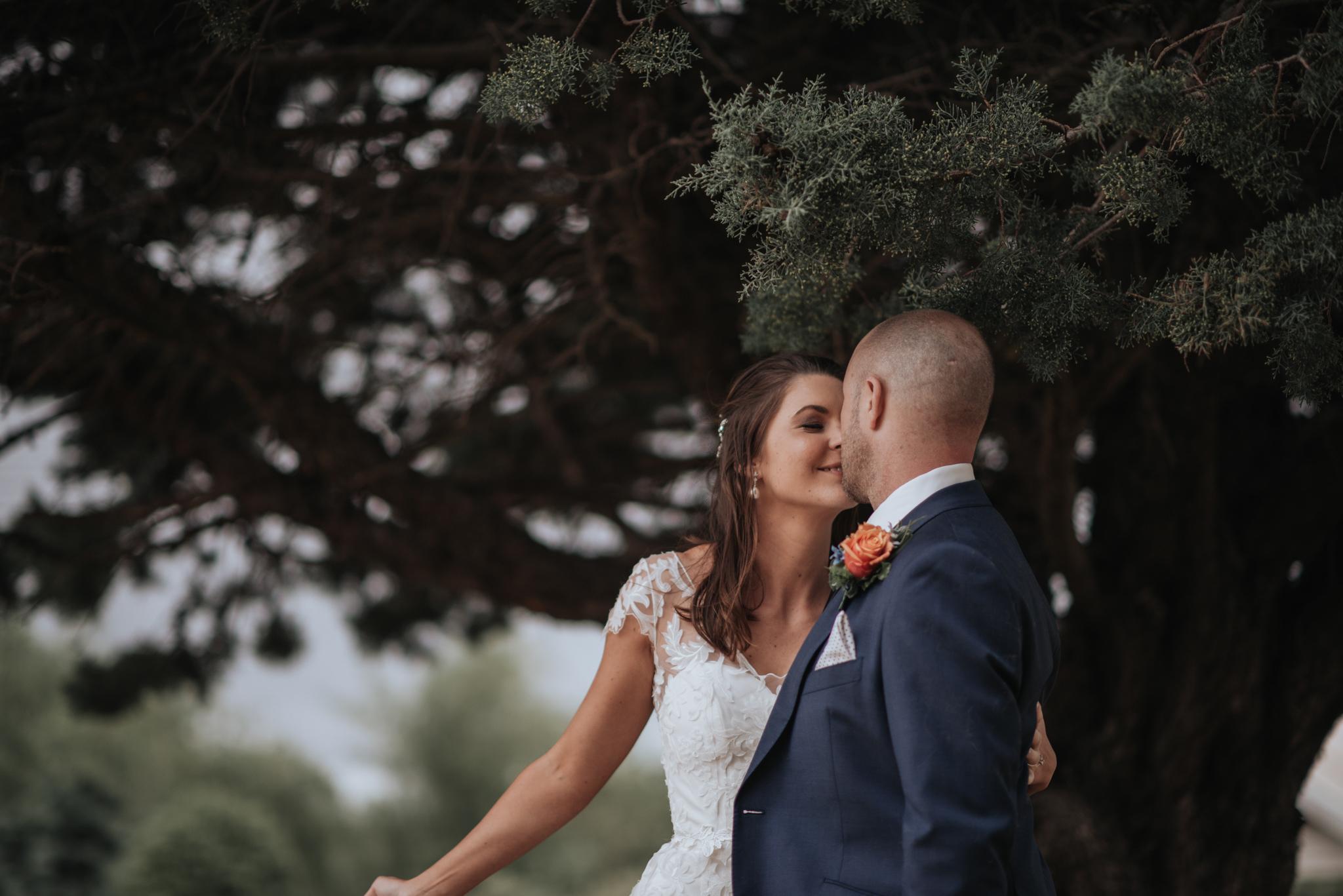 LOVELENSCAPES PHOTOGRAPHY • VISUAL POETRY • NEW ZEALAND WEDDING PHOTOGRAPHER • AUSTRALIAN WEDDING PHOTOGRAPHER • BRISBANE • MELBOURNE • SYDNEY • HOBART • TARUREKA ESTATE • ANNA CAMPBELL • 147.jpg