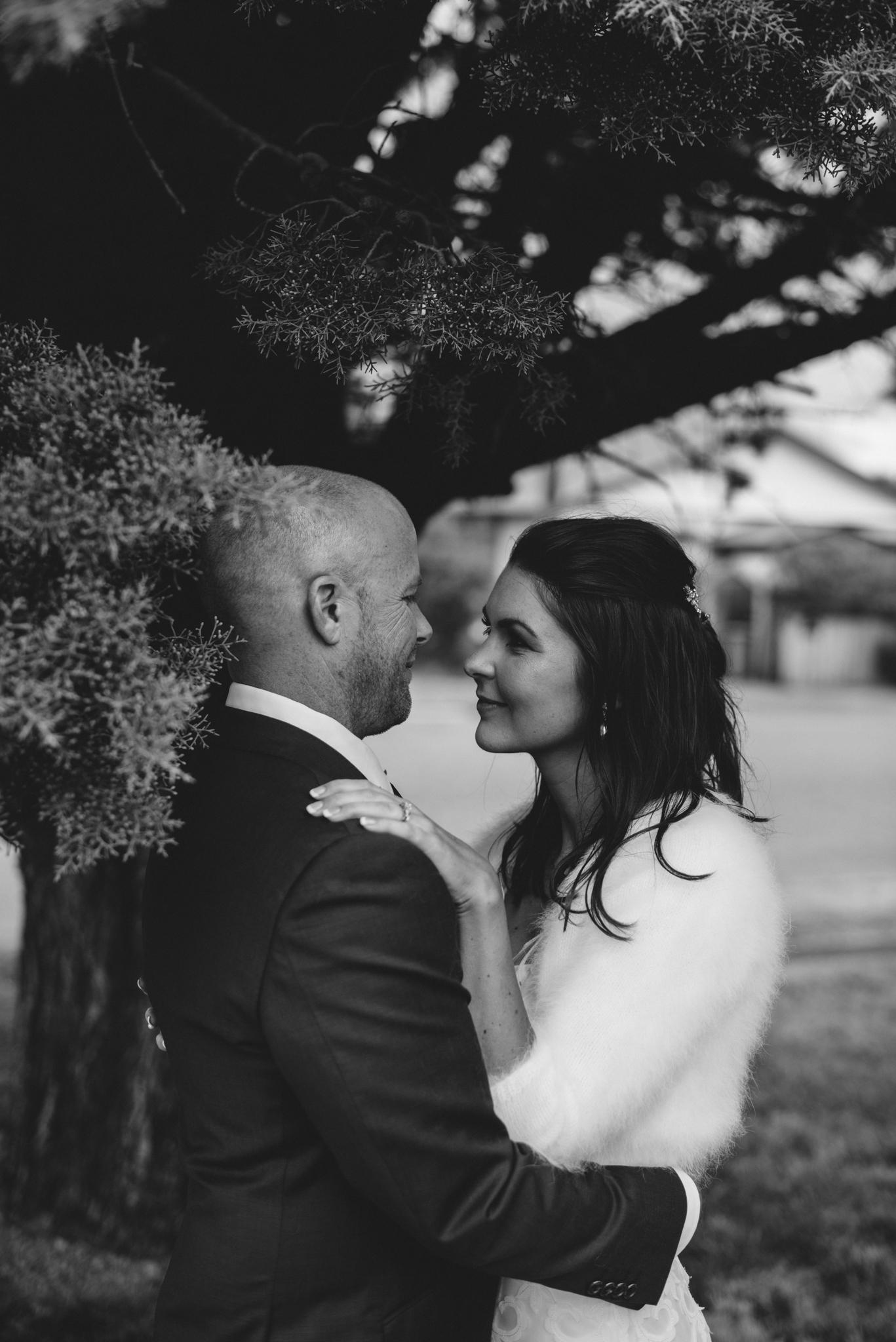 LOVELENSCAPES PHOTOGRAPHY • VISUAL POETRY • NEW ZEALAND WEDDING PHOTOGRAPHER • AUSTRALIAN WEDDING PHOTOGRAPHER • BRISBANE • MELBOURNE • SYDNEY • HOBART • TARUREKA ESTATE • ANNA CAMPBELL • 151.jpg