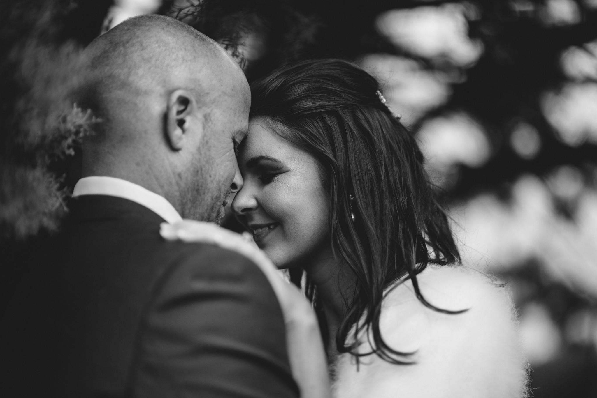 LOVELENSCAPES PHOTOGRAPHY • VISUAL POETRY • NEW ZEALAND WEDDING PHOTOGRAPHER • AUSTRALIAN WEDDING PHOTOGRAPHER • BRISBANE • MELBOURNE • SYDNEY • HOBART • TARUREKA ESTATE • ANNA CAMPBELL • 153.jpg