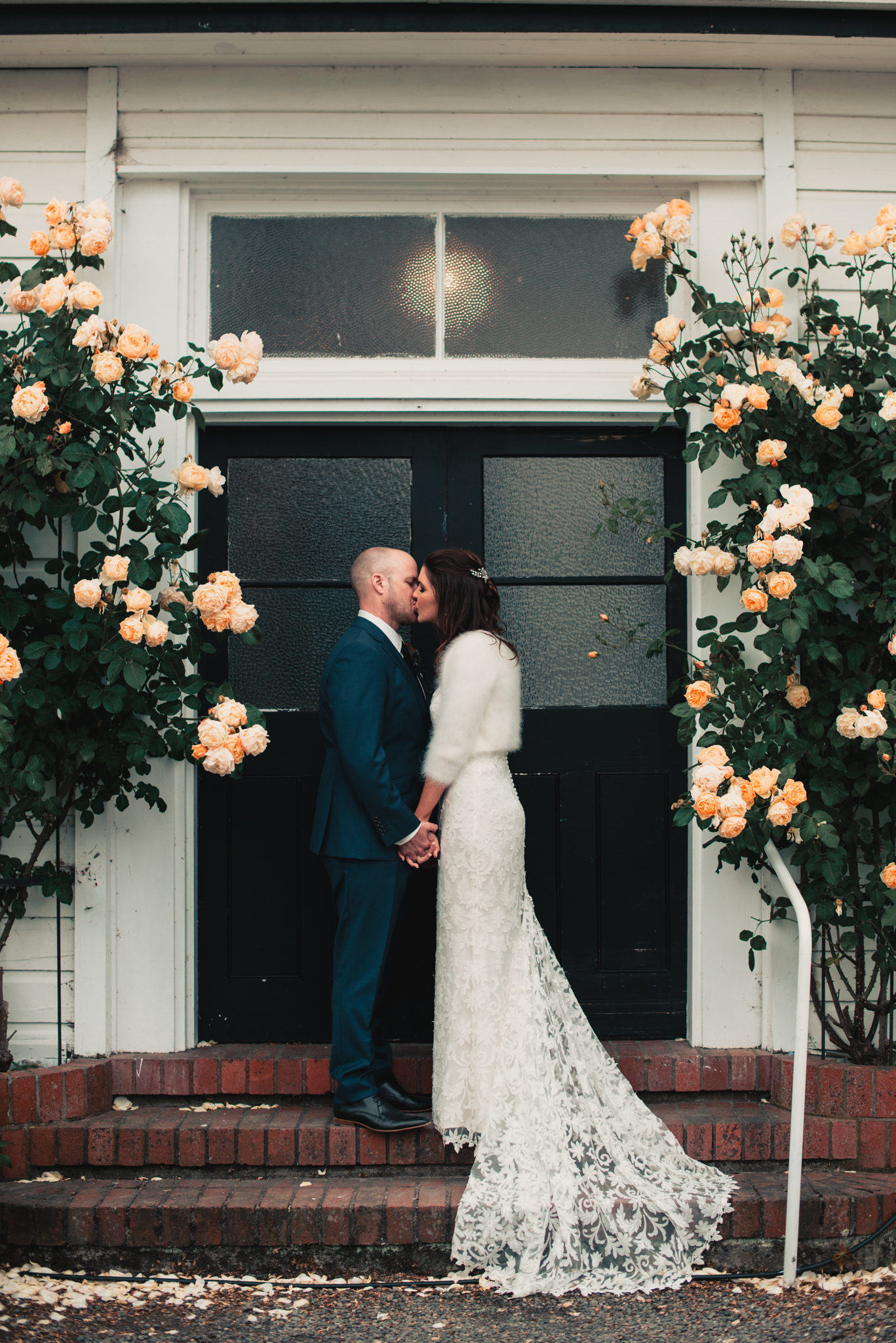 LOVELENSCAPES PHOTOGRAPHY • VISUAL POETRY • NEW ZEALAND WEDDING PHOTOGRAPHER • AUSTRALIAN WEDDING PHOTOGRAPHER • BRISBANE • MELBOURNE • SYDNEY • HOBART • TARUREKA ESTATE • ANNA CAMPBELL • 155.jpg