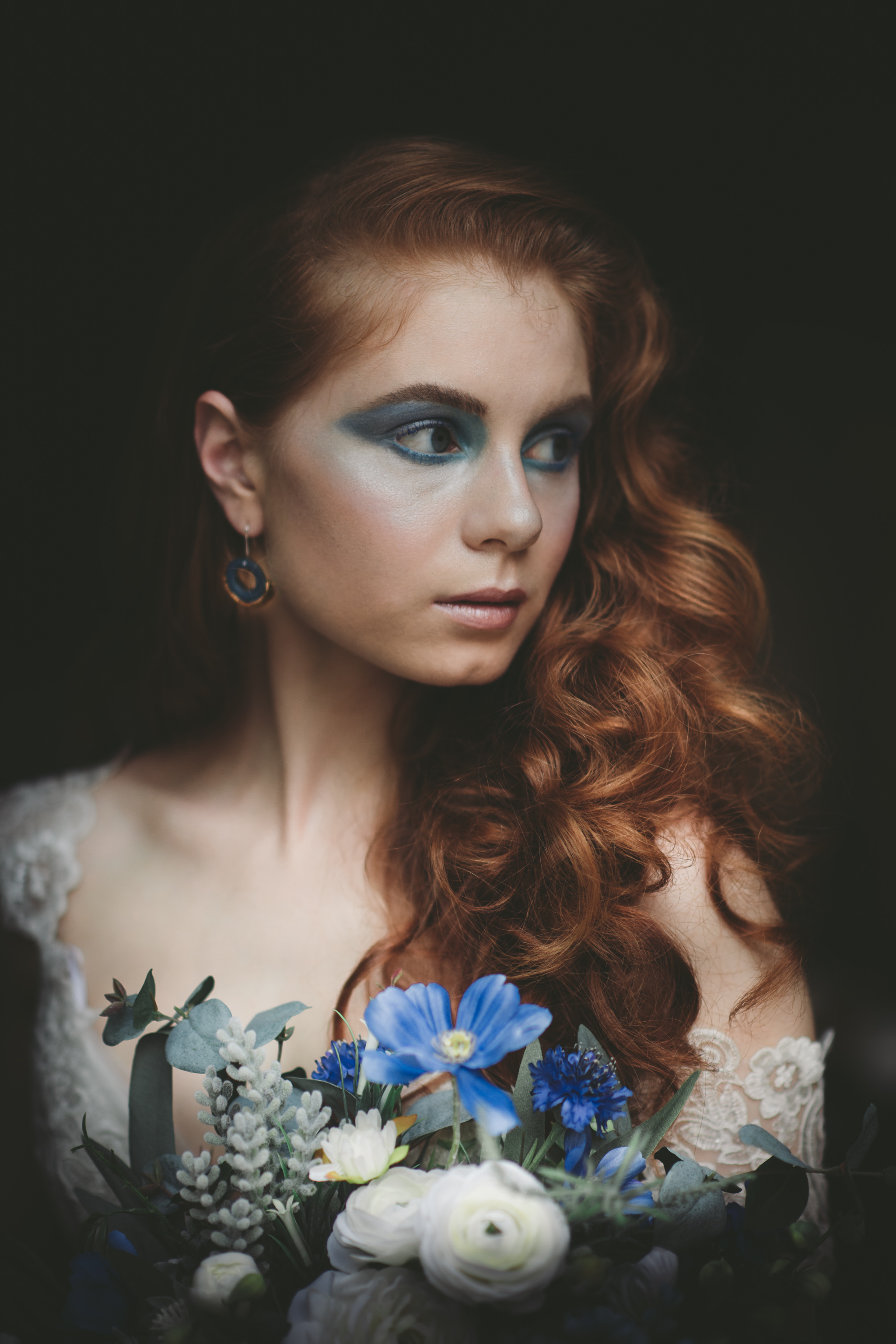 LOVELENSCAPES PHOTOGRAPHY X ANNA CAMPBELL BRIDAL X LEMAE MAKEUP ARTISTRY X BLOOMING LOVELY BOUQUETS X ERIN LIGHTFOOT X LITTLE WHITE COUTURE • 4.jpg