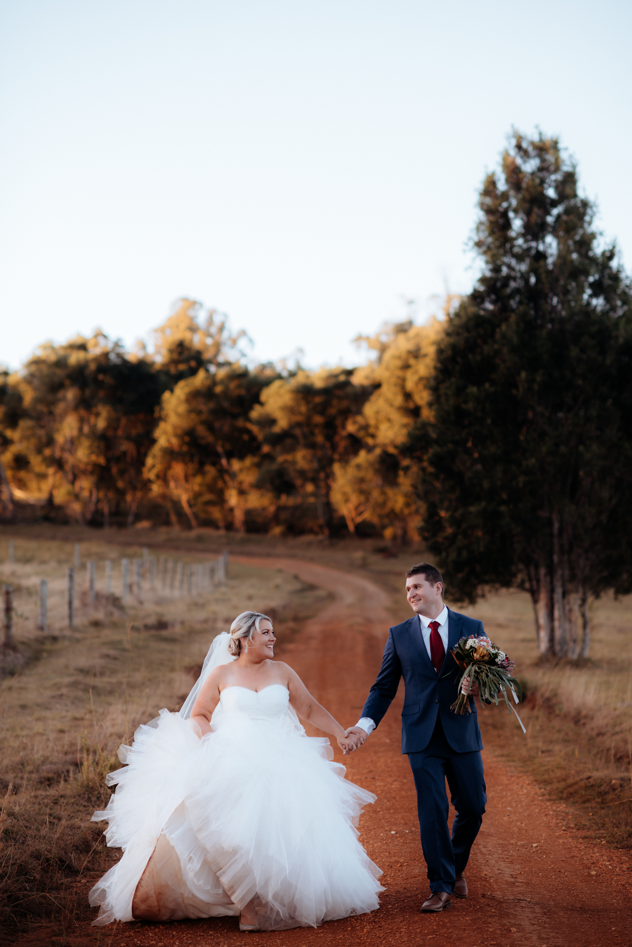 ♡ - Happy Anniversary you lovely people! My favourite memories are you helping my bridesmaids do up my dress 🤦‍♀️, helping calm me in the madness and then squashing my ridiculous dress into your car and having such a fun time! The red dirt was worth every bit!! 😍~ Meagan & Scott • Ocean View Estates Winery & Restaurant