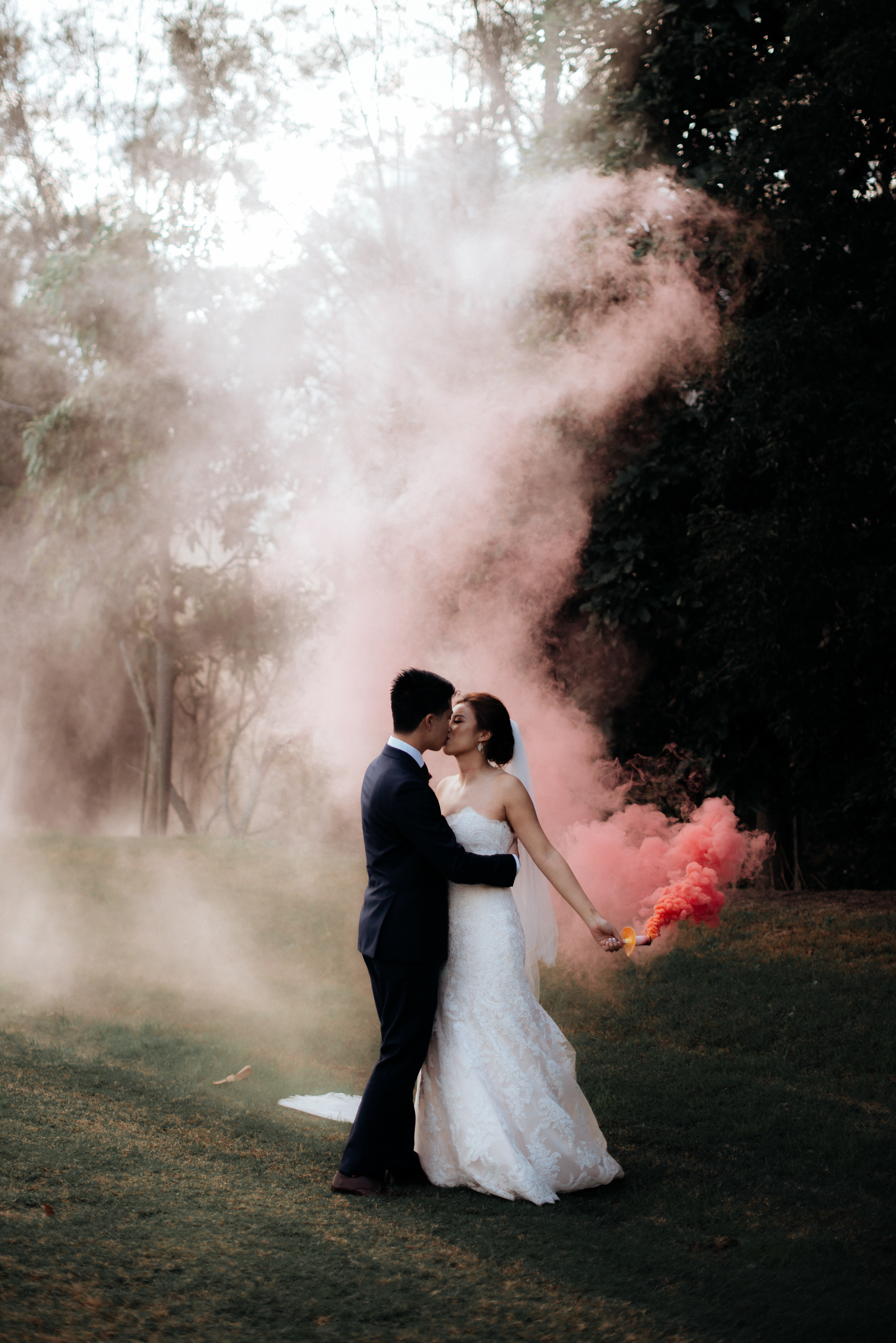 LOVELENSCAPES PHOTOGRAPHY • BRISBANE WEDDING PHOTOGRAPHER • VICTORIA PARK GOLF • VISUAL POETRY • TRADITIONAL VIETNAMESE WEDDING