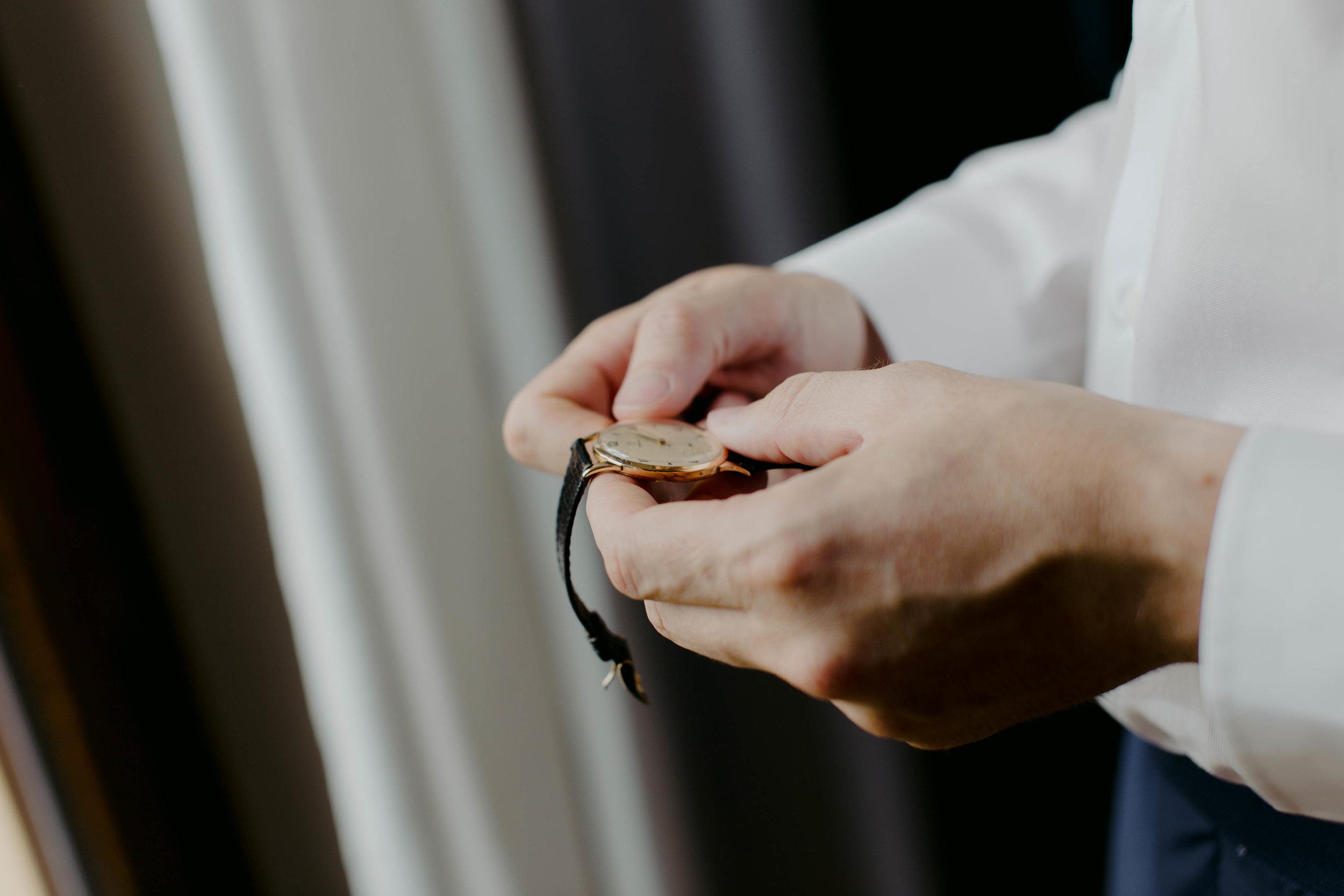 023 - Preparazione sposo.jpg