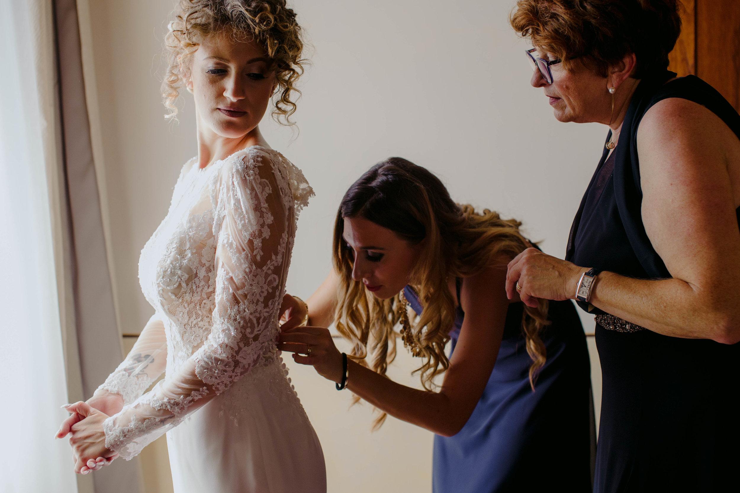 019 - Preparazione sposa.JPG