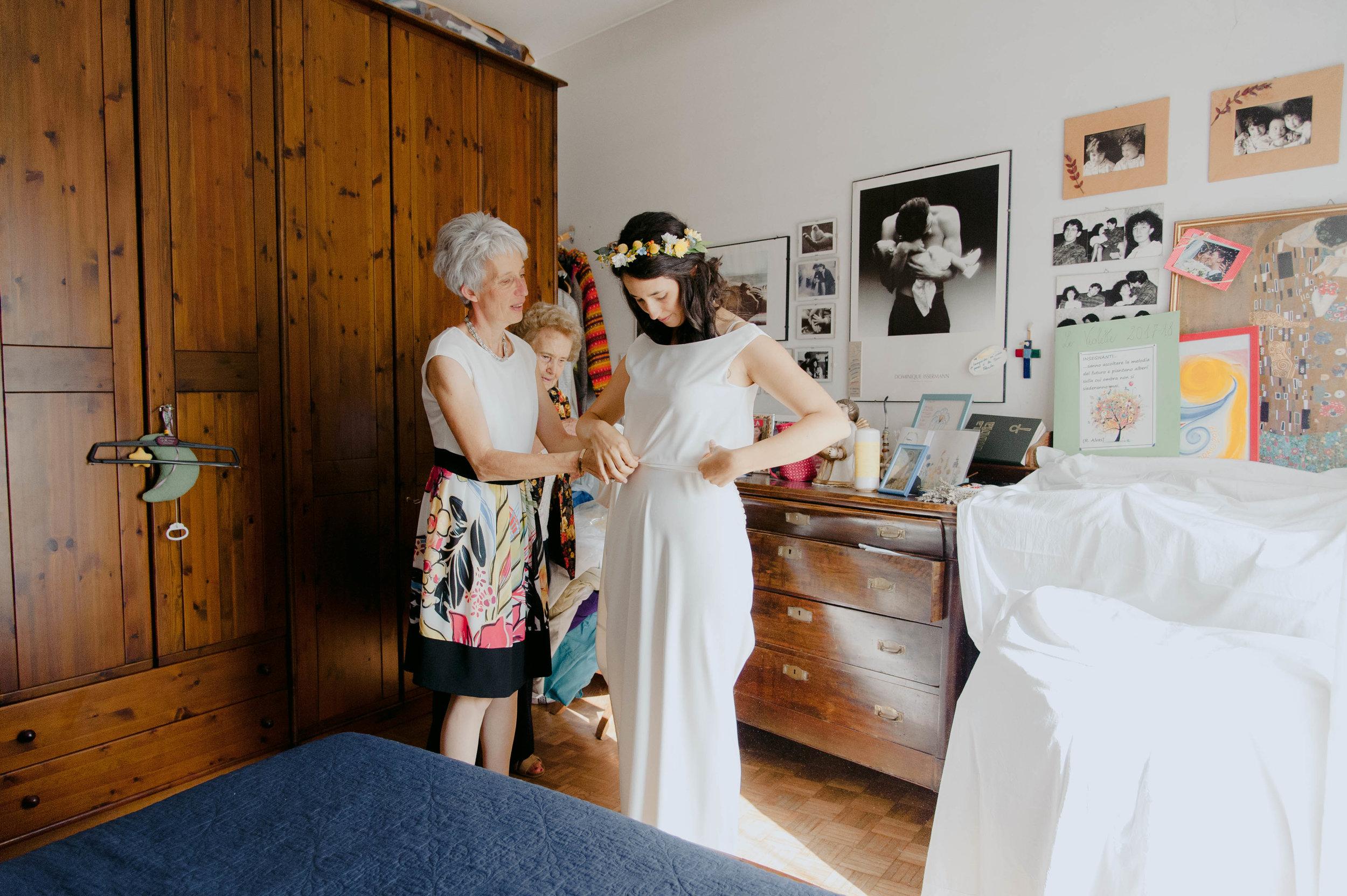086 - Preparazione sposa.JPG