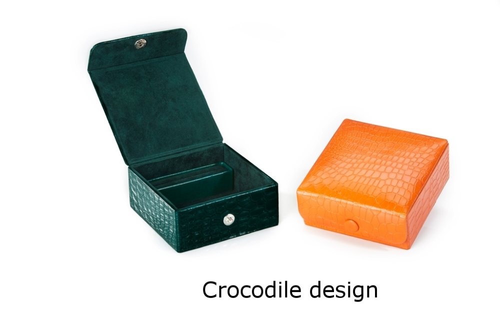 Square Box with stud closure Crocodile.jpg