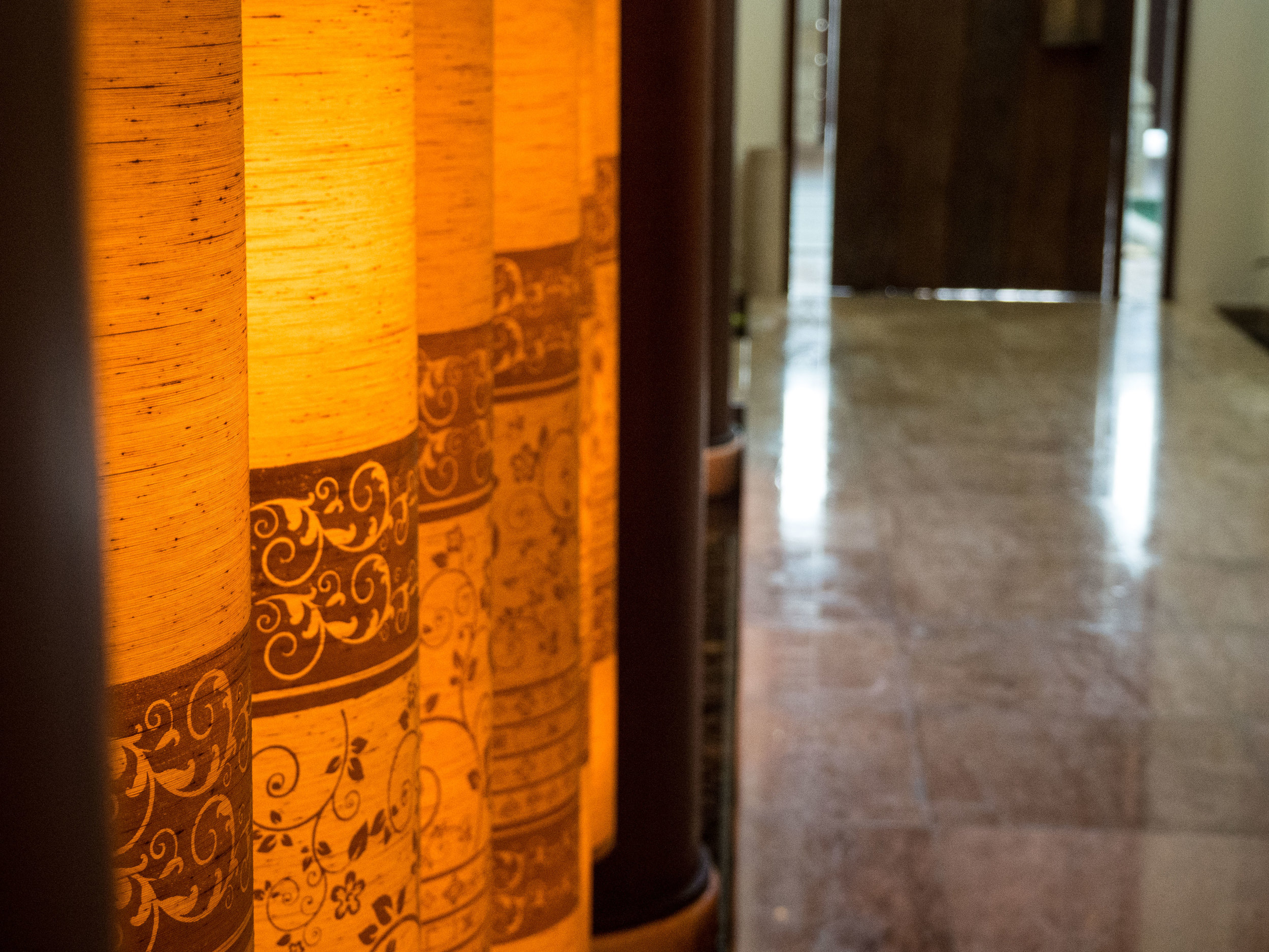 Low lights and traditional features at The Spa, The Peninsula Bangkok
