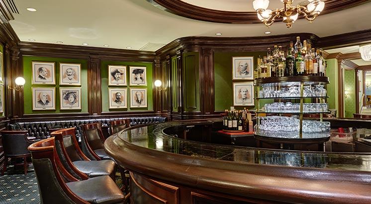 Photograph courtesy of Round Robin & Scotch Bar