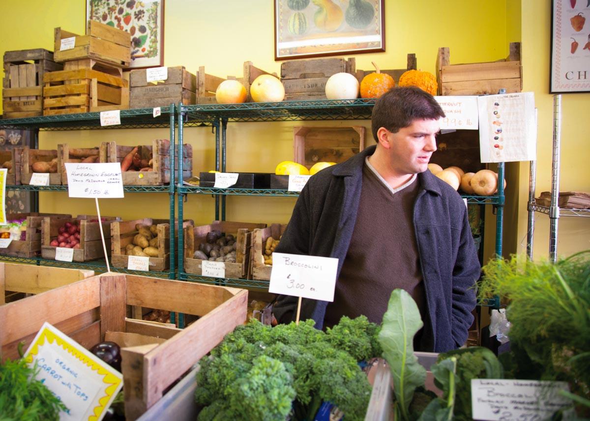 Photos of Todd Kelly shopping the farmers market | Photographs courtesy of Todd Kelly
