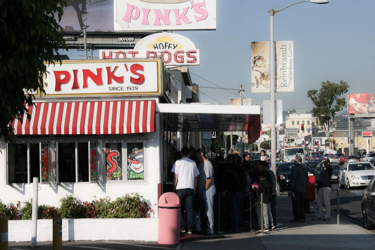 Pink's Hot Dogs | Photo Credit:Paul Sims [Flickr]