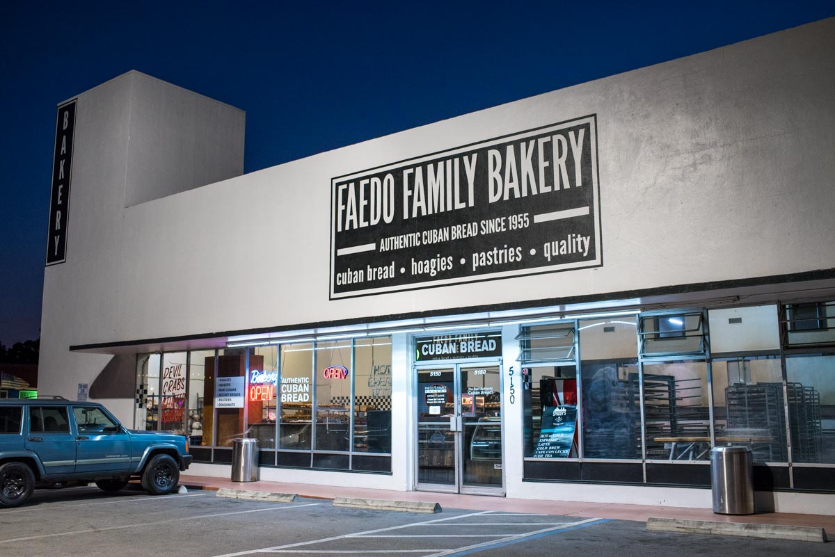 Stop in 24/7 to Faedo Family Bakery | Photo Credit: ©Find. Eat. Drink.