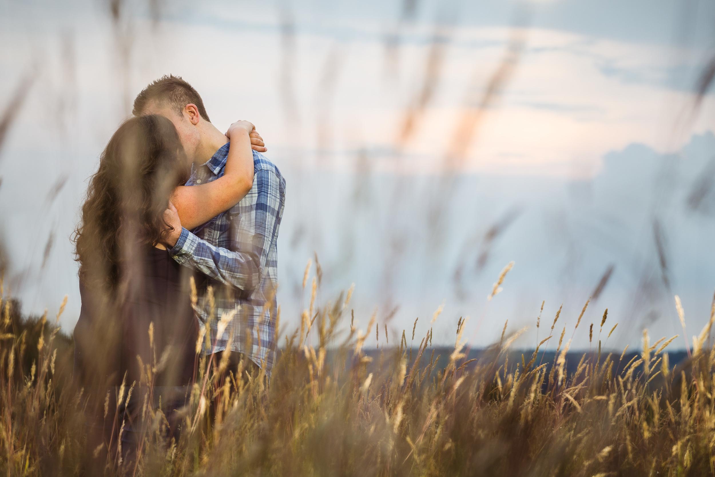 Kent - Couple - Bearsted- Couple - Matt & Tess - Walking in a field
