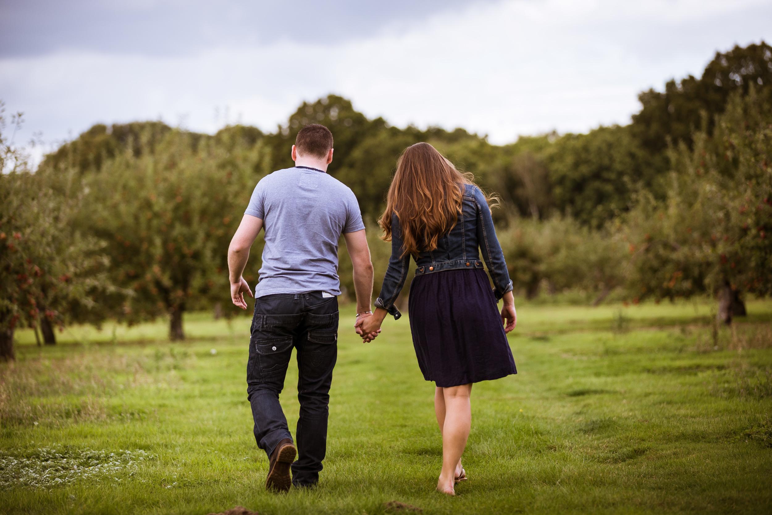 Kent - Couple - Tenterden - Couple - Dan & Kerry - Walking in a field