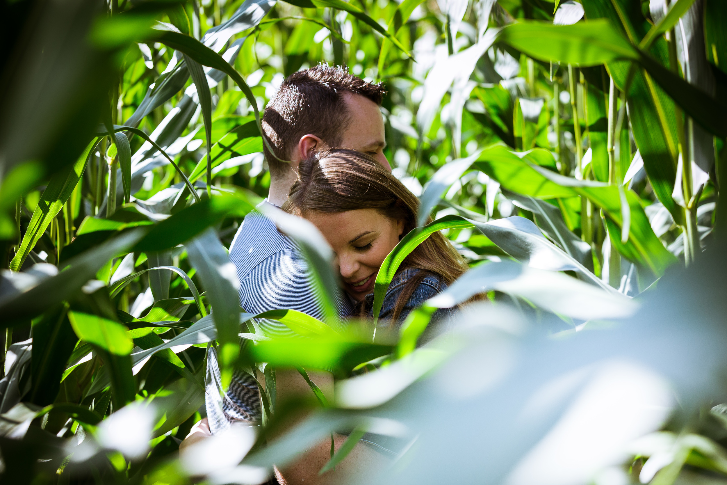 I got Kerry and Dan to walk right into the field, into a small section of shade, this allowed me to work around the plant life to capture them naturally interacting a great way to end the session.
