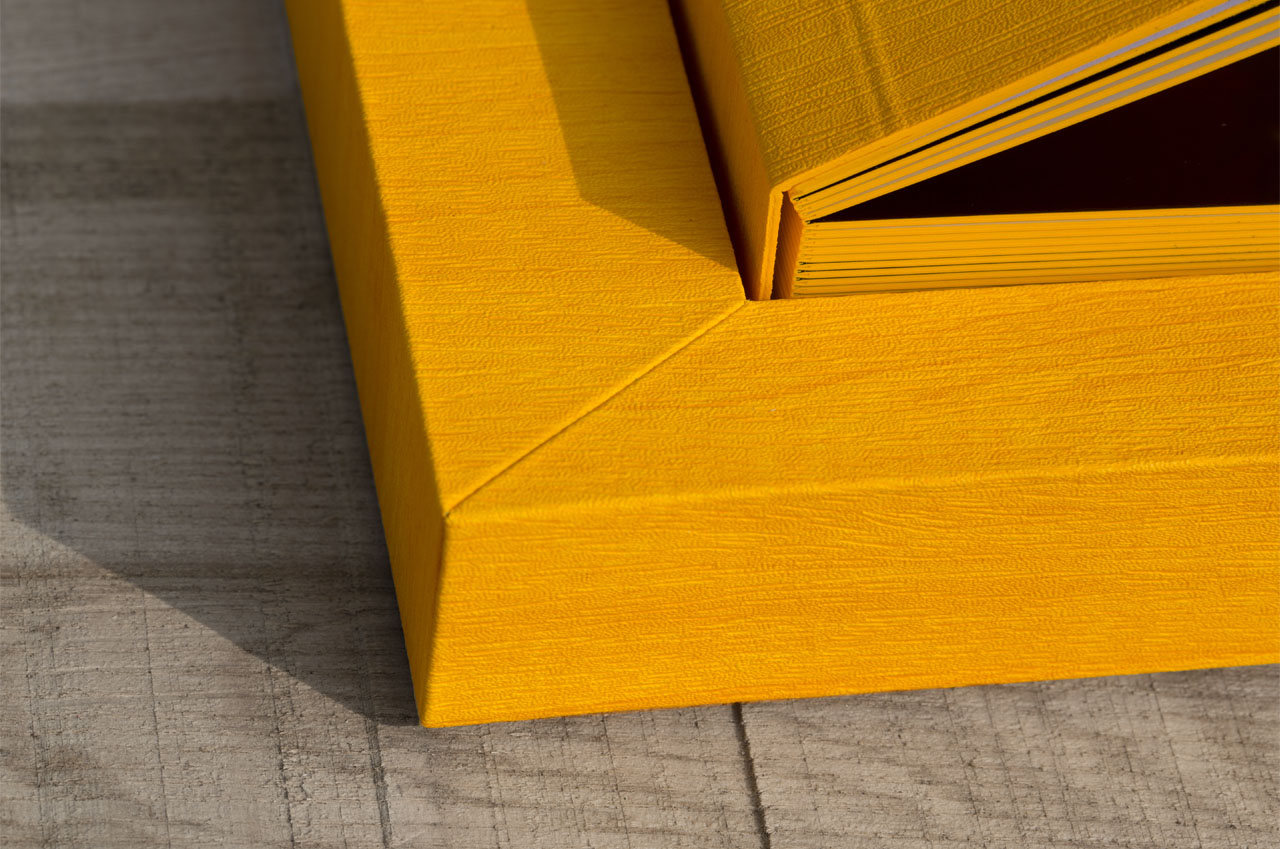A close up of the new Graphi Studio Album in Yellow, the detail and quality is amazin