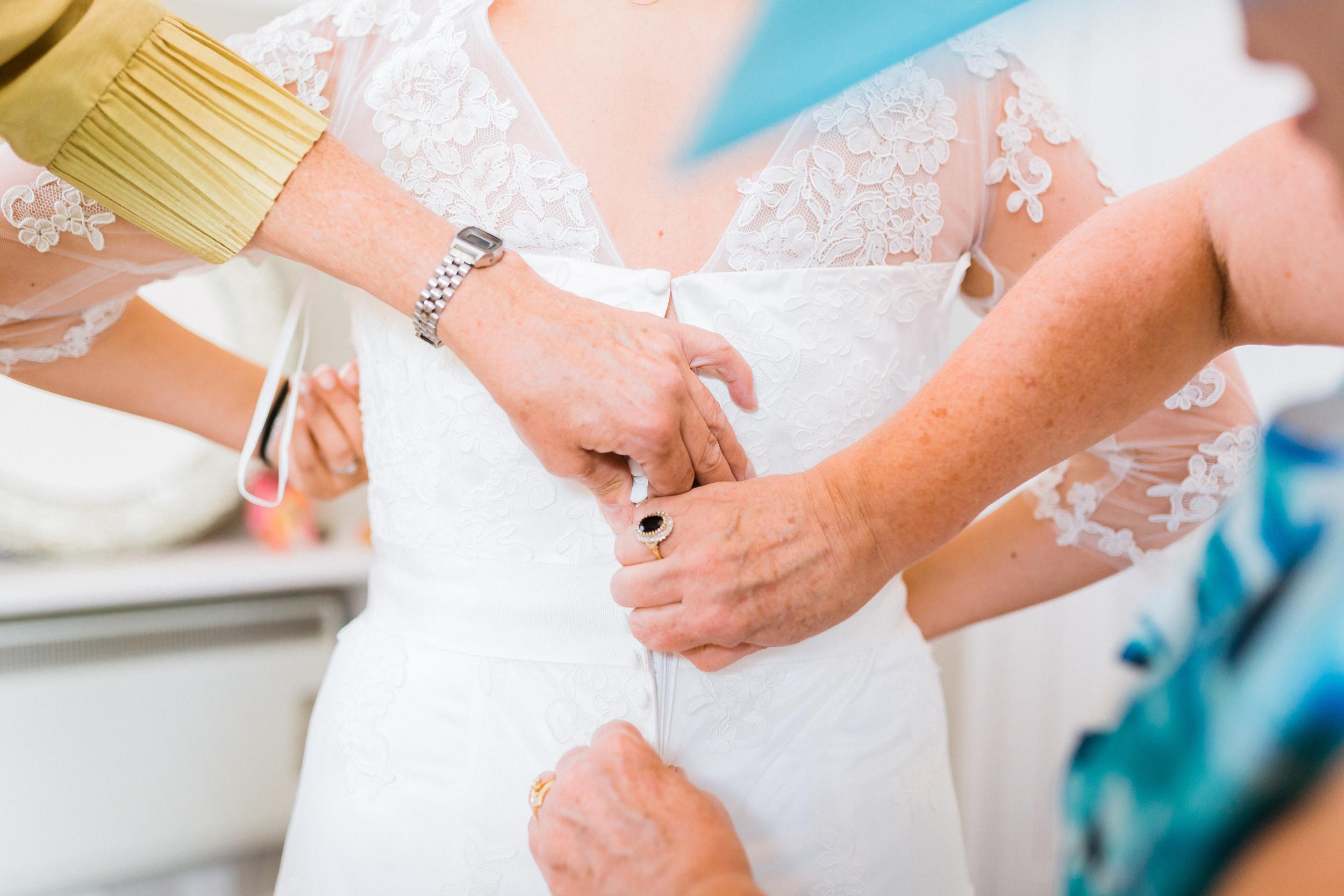 Kent - Wedding – Salomons Estate Tunbridge Wells - Alex & Amanda – Into the dress
