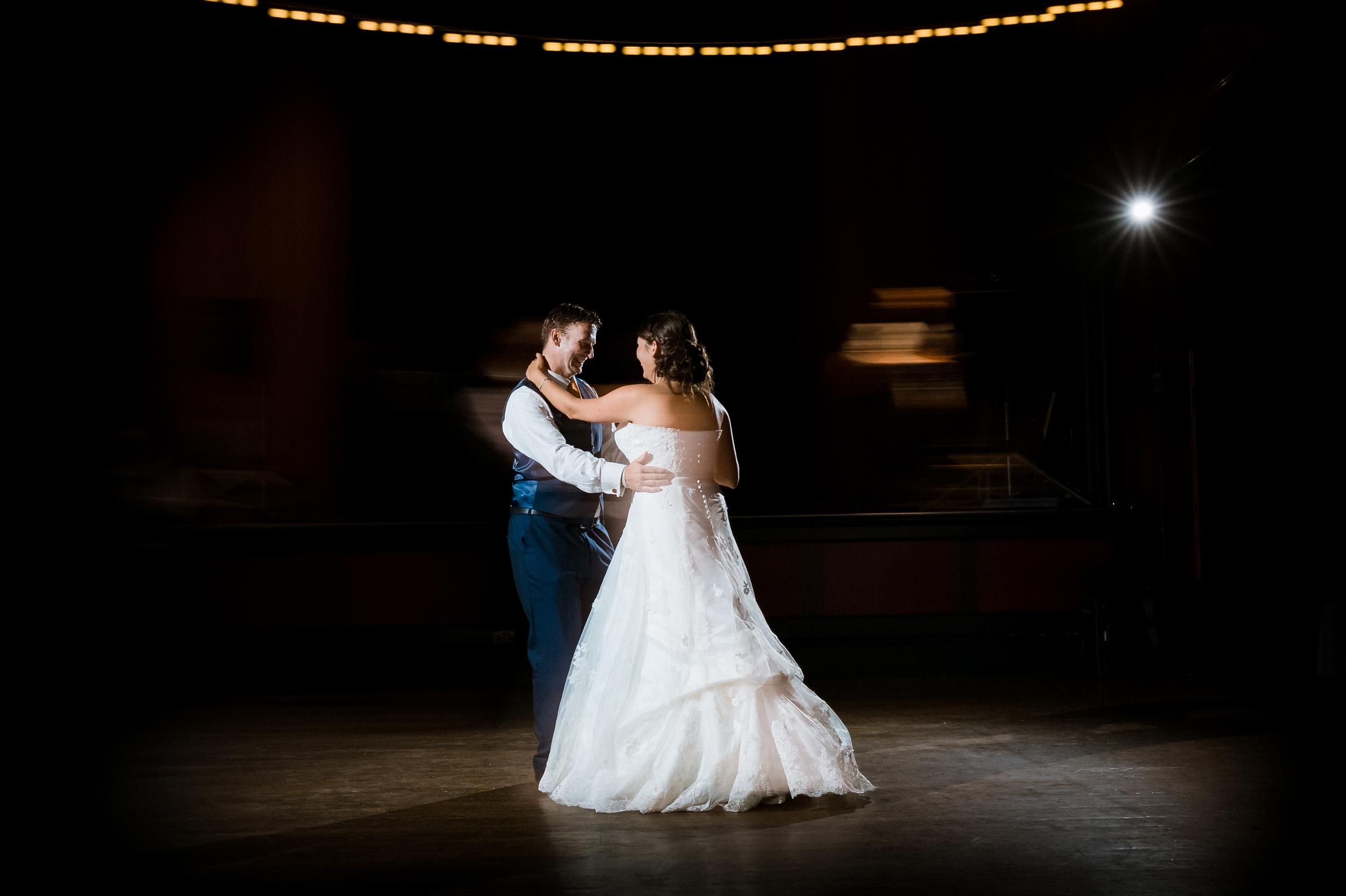 Kent - Wedding – Salomons Estate Tunbridge Wells - Alex & Amanda – First Dance