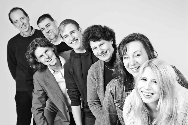Fotostudio fotoinitiative Familienfotoshooting Fotoshooting Fotografin Jaytee Van Stean Mannheim Heidelberg Ludwigshafen-77.jpg
