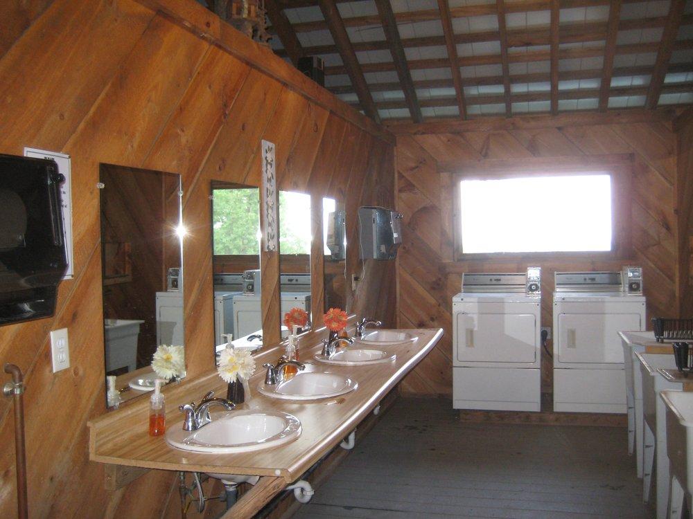 bathouse.png
