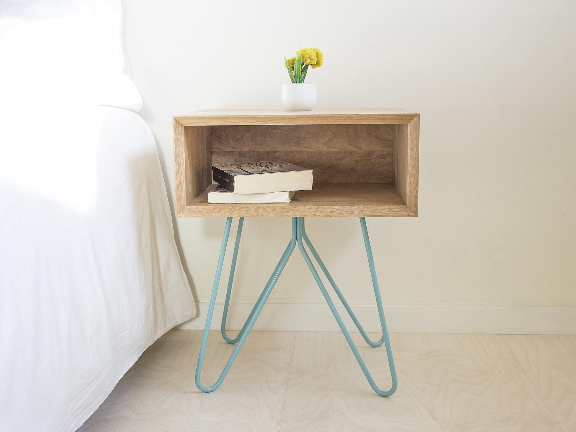 Galula | Nove side table, blue legs