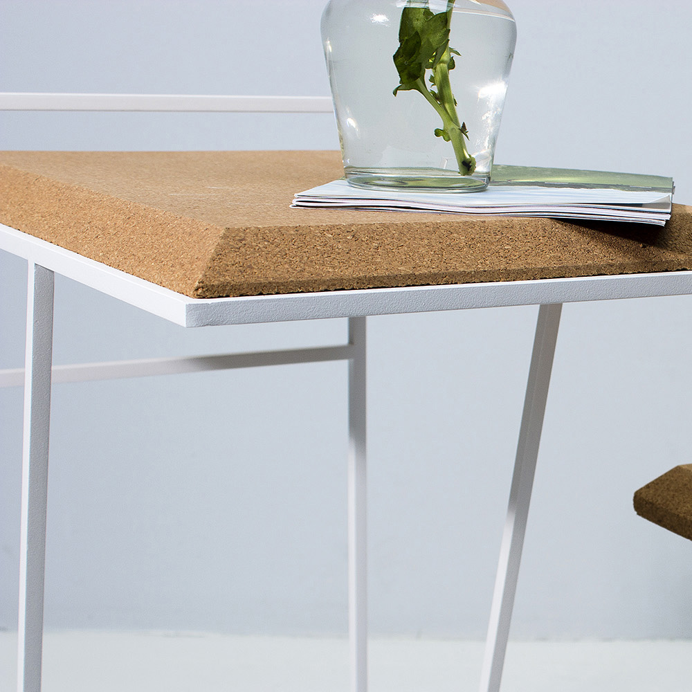 galula-grao-side-table-light-cork-white-amb-2-2.jpg