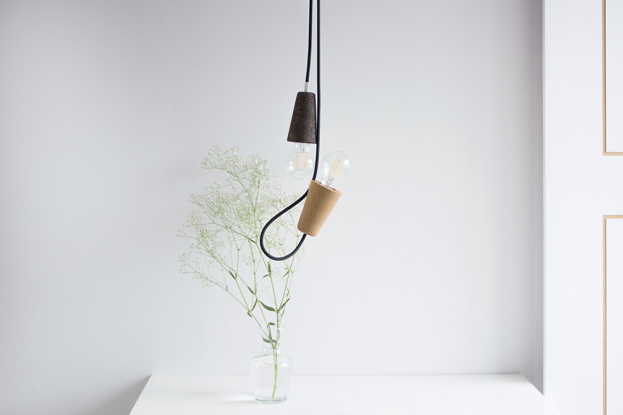 low-Galula-Sininho-lamp-light-cork-black-5.jpg