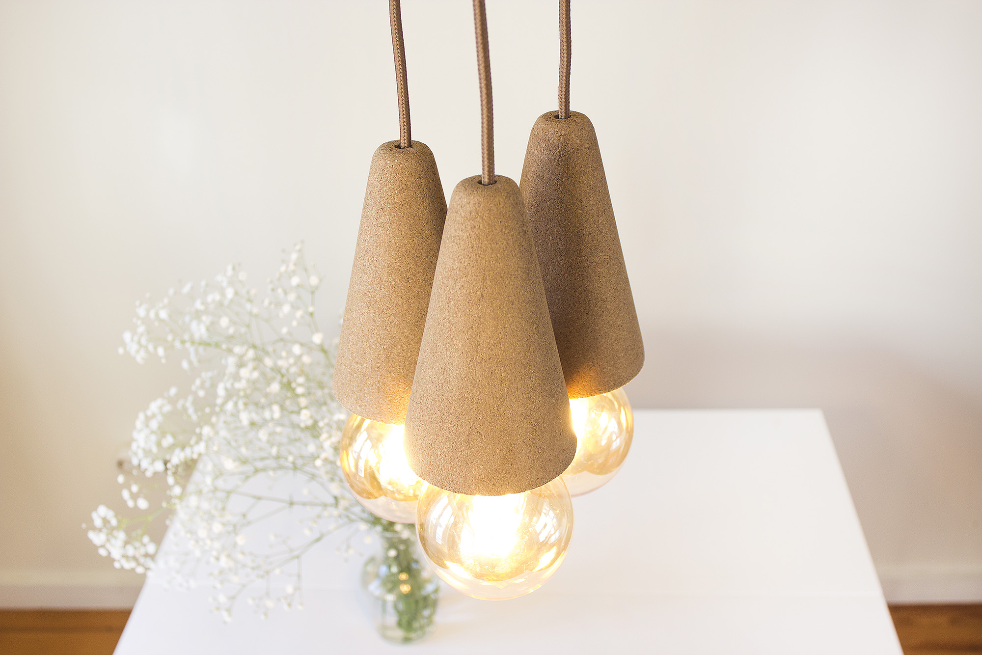 low-Galula-Sino-lamp-light-cork-triple-amb-1.jpg